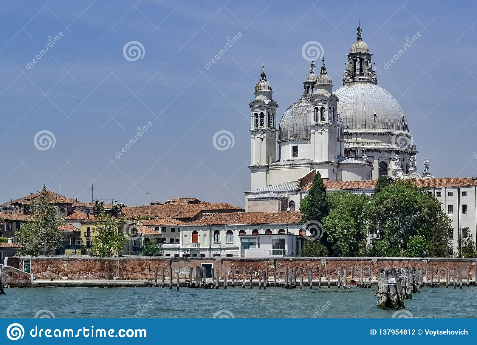 Santa Maria della Salute van Giudecca-kanaal