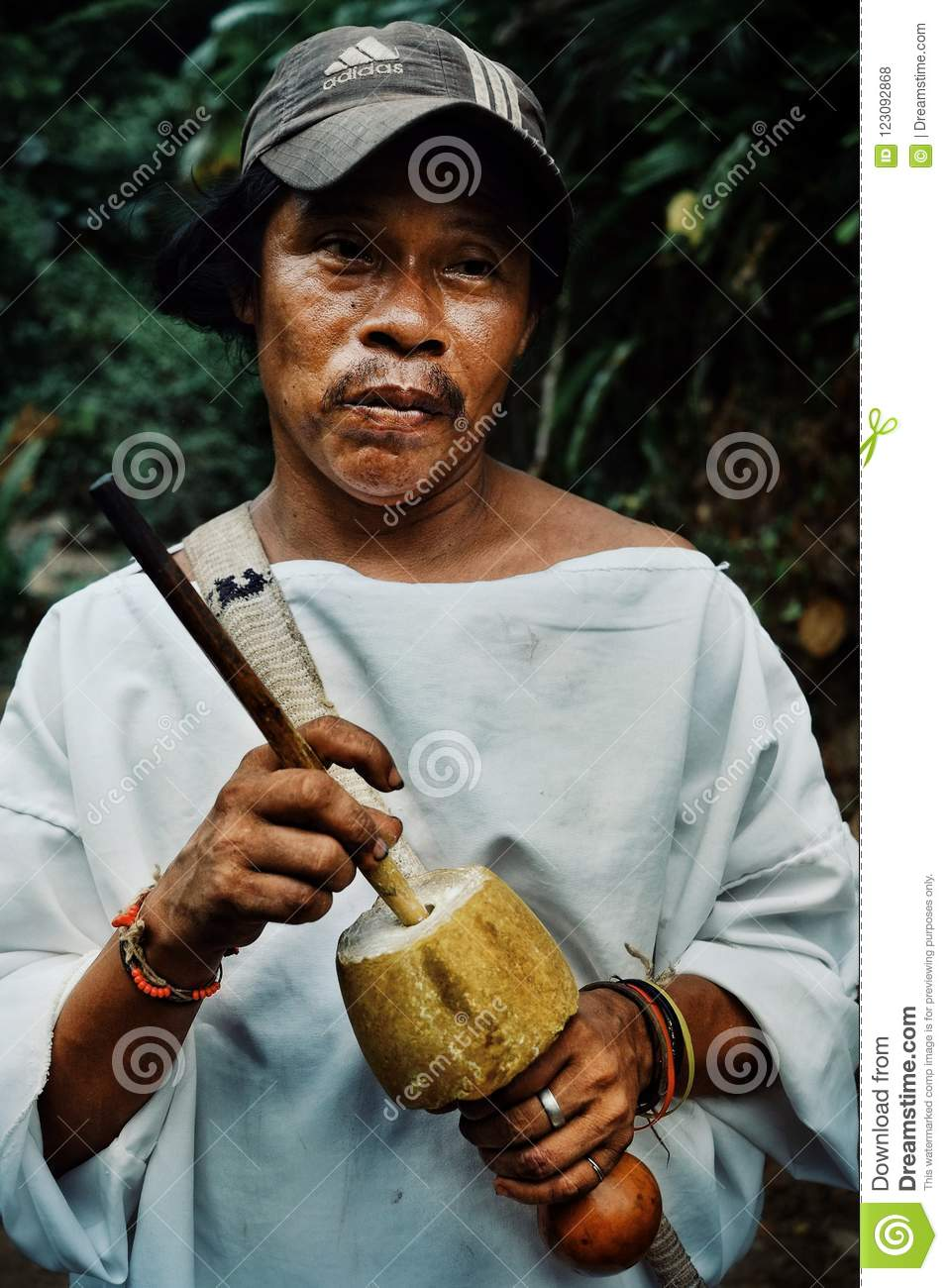 tribal kogi man with his poporo the ancient device helping the tairona nation