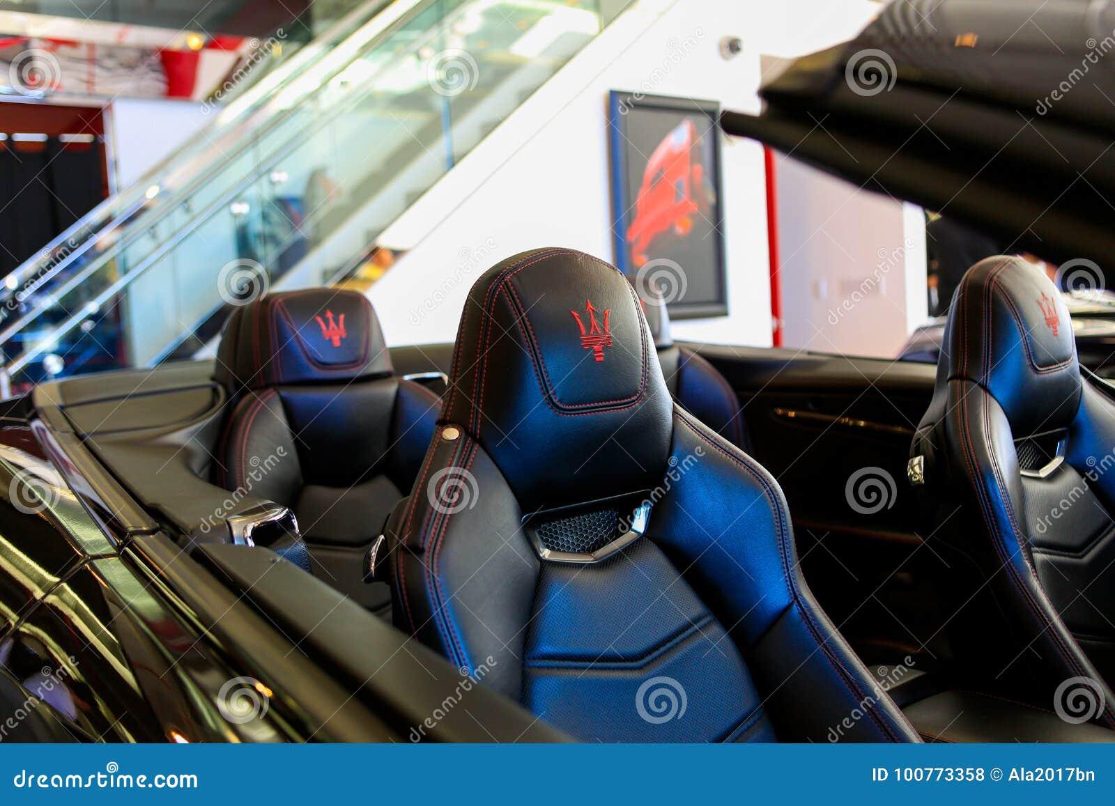 SANTA MESA, CA - 17 JUIN 2017 : Evan Paul Motorcars Summer Bash : Chambre ouverte