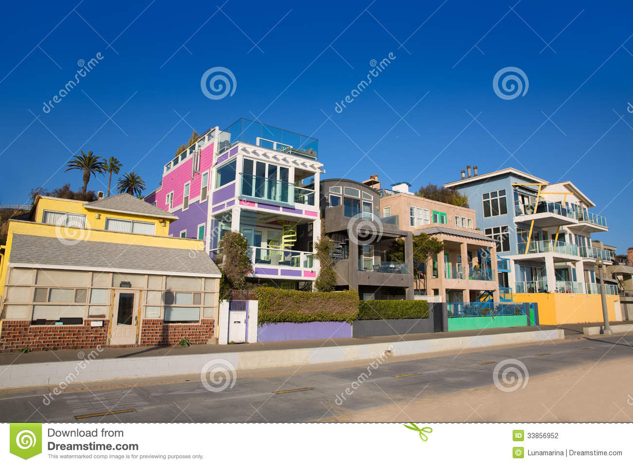 Santa monica california beach colorful houses stock photo for Achat maison californie usa