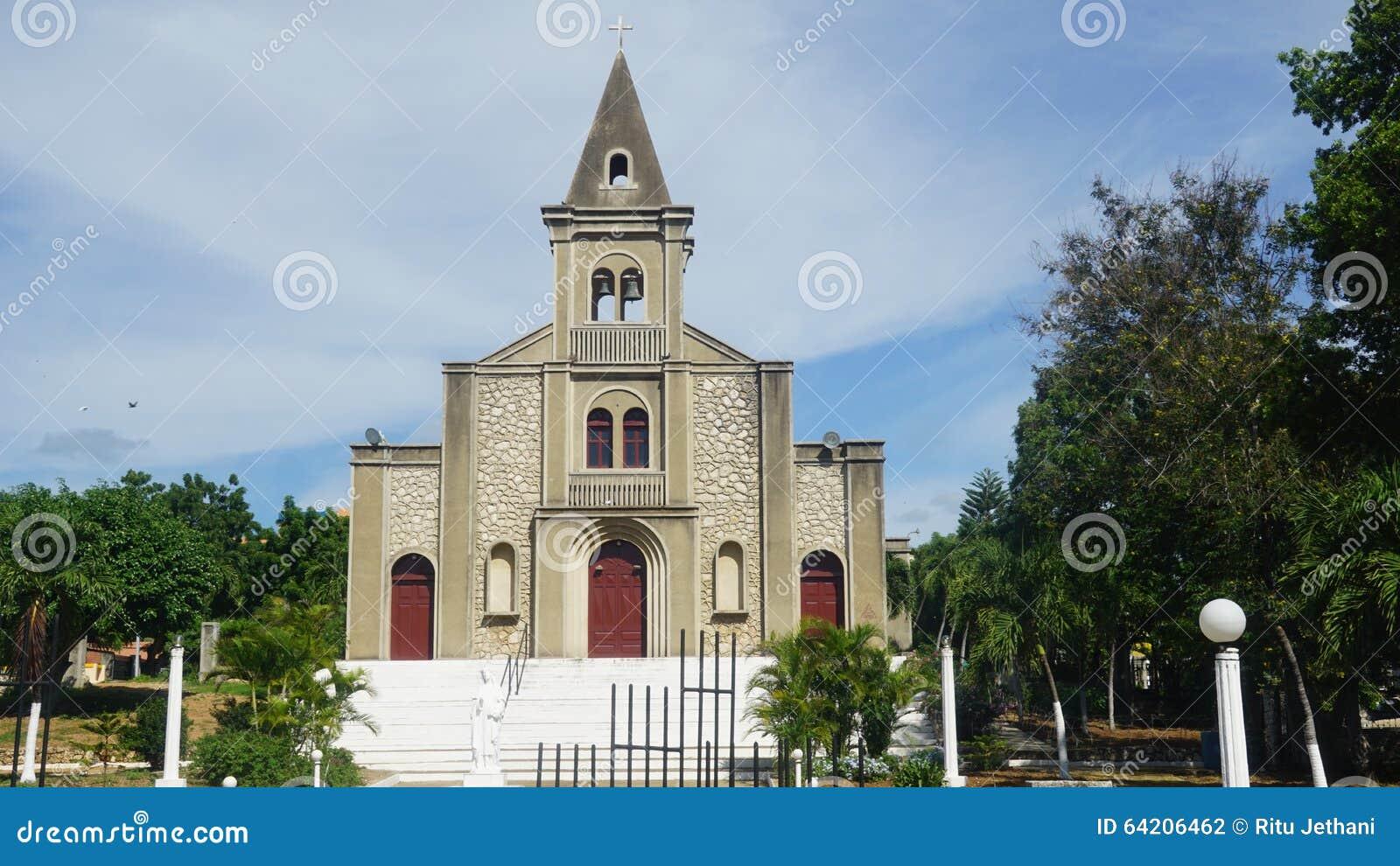 Santa Rosa de Lima Cathedral en el La Romana