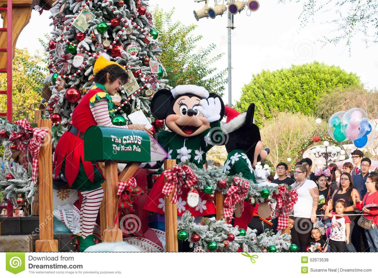 Christmas Minnie Mouse Disneyland.Santa S Mailroom Float In Disneyland Parade Editorial Stock