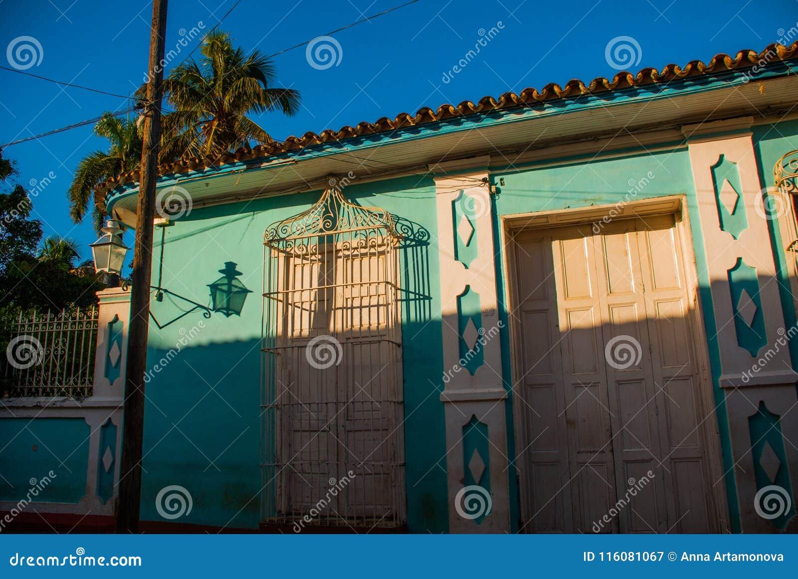 Santeria Ισραήλ, Τρινιδάδ, Κούβα Το santeria είναι η θρησκεία των afro-κουβανικών λαών στην Κούβα