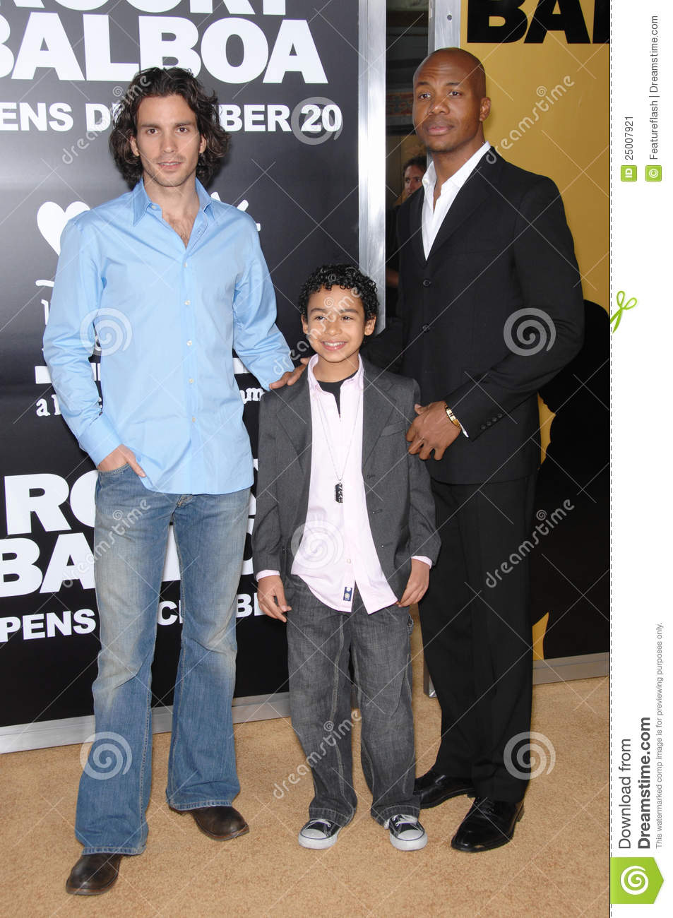 Santiago Cabrera Noah Gray Cabey Noah Gray Cabey Editorial Photo Image Of Hollywood World 25007921 He is playing mason gregory in pretty little liars: dreamstime com