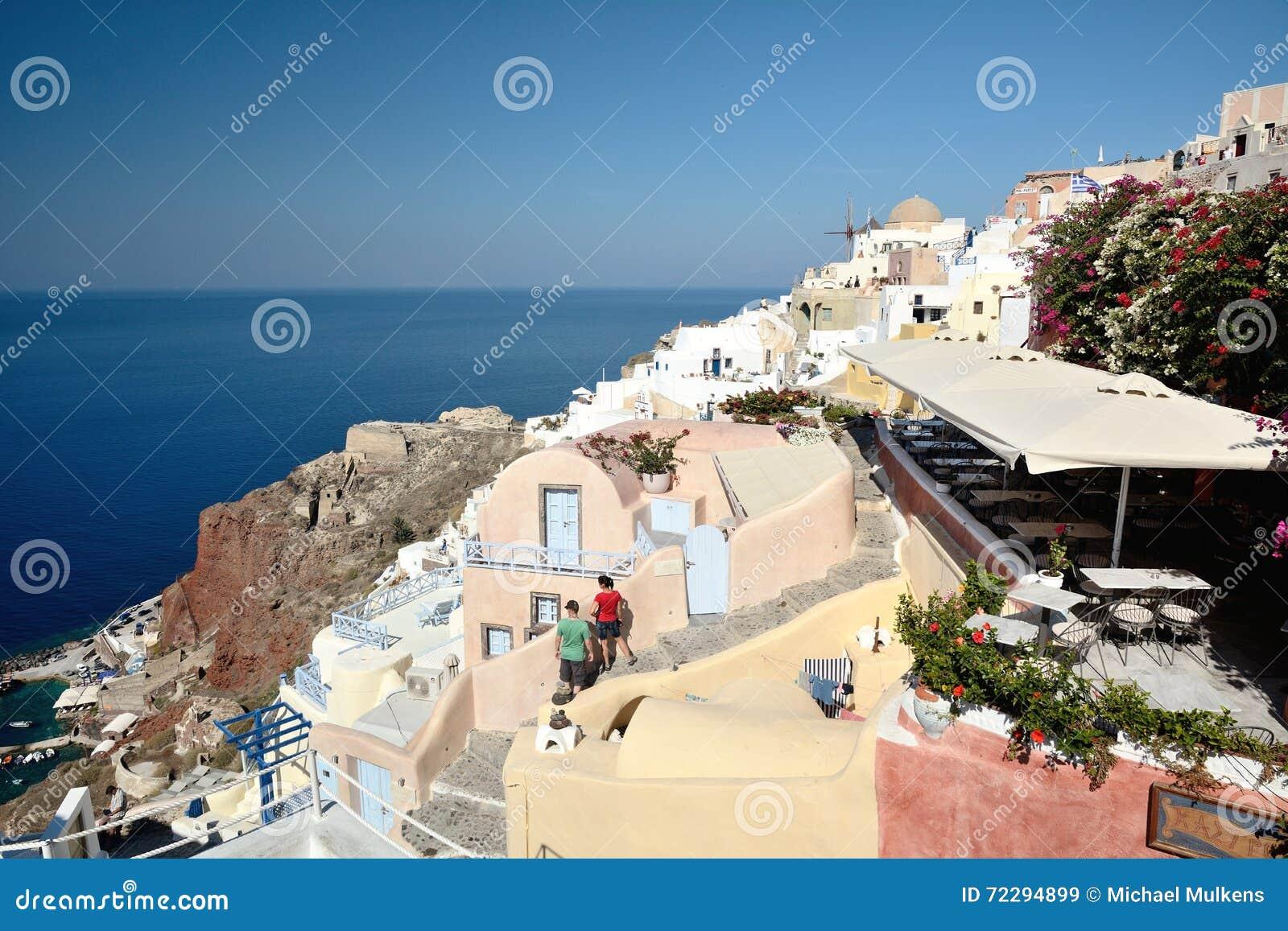 Download Santorini Греции редакционное стоковое изображение. изображение насчитывающей небо - 72294899