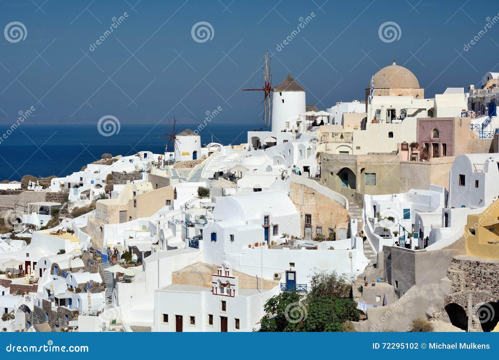Download Santorini Греции редакционное фотография. изображение насчитывающей среднеземноморск - 72295102