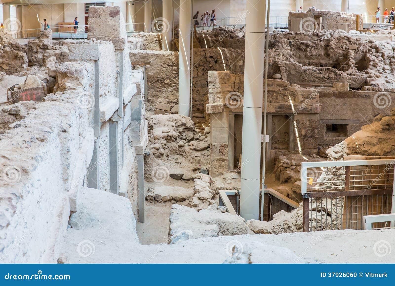 Остров Santorini, Крит, Греция. Руины и археологические раскопки