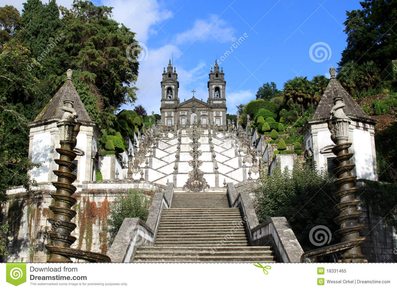 The Santuario Bom Jesus do Monte (Shrine of Good Jesus of the Mountain ...