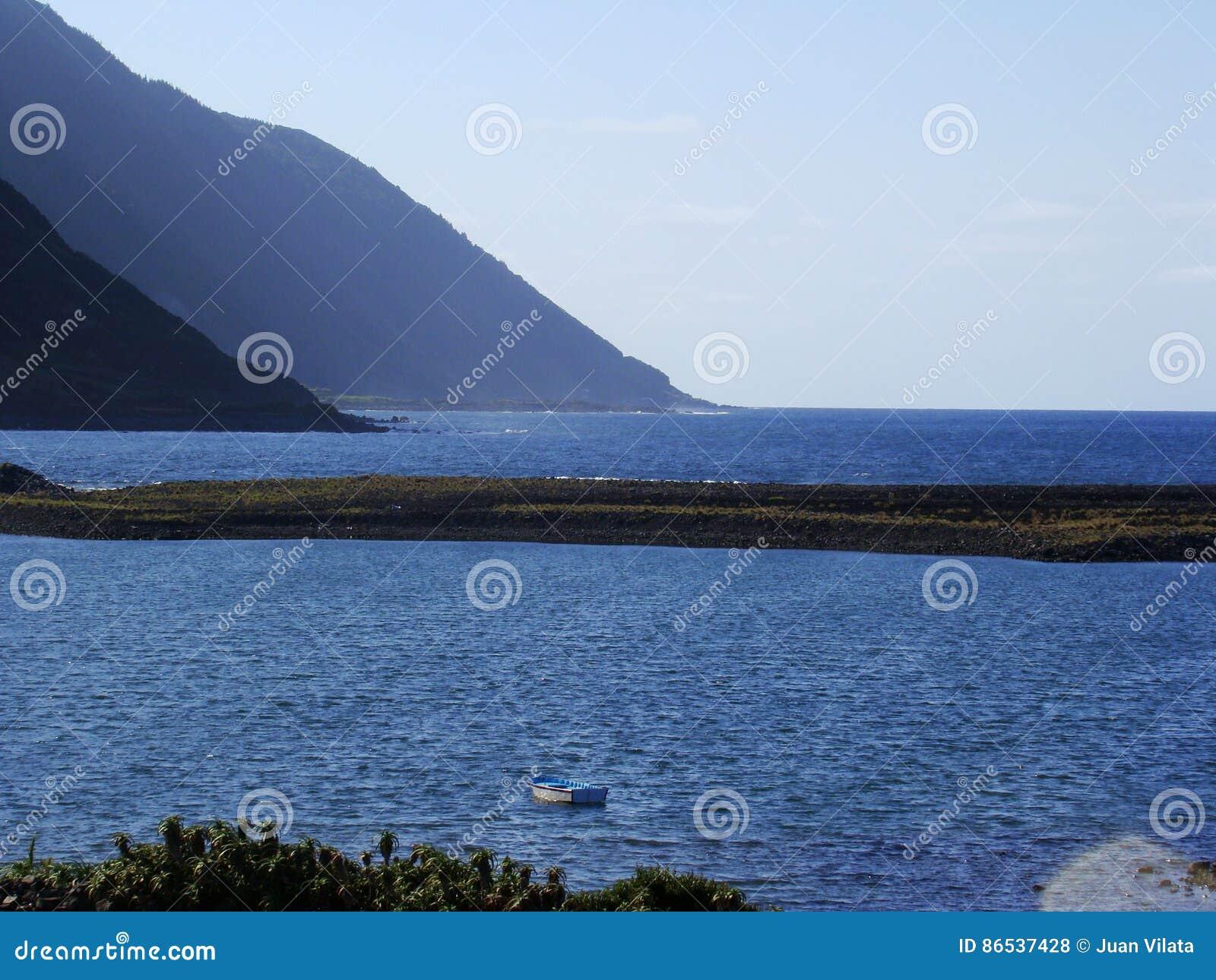 Sao_Jorge_island_Azores