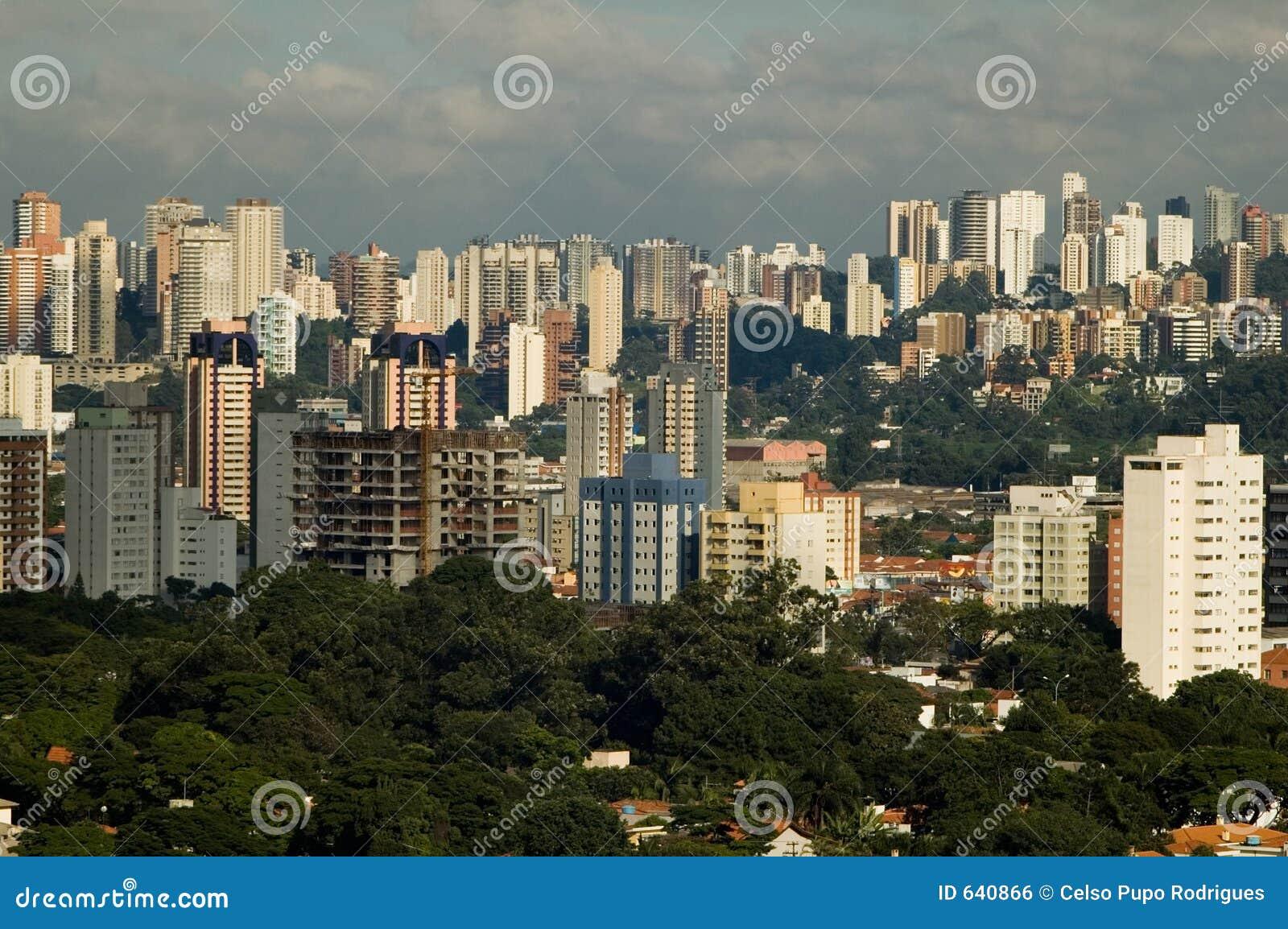 Download Sao paulo стоковое фото. изображение насчитывающей взгляд - 640866