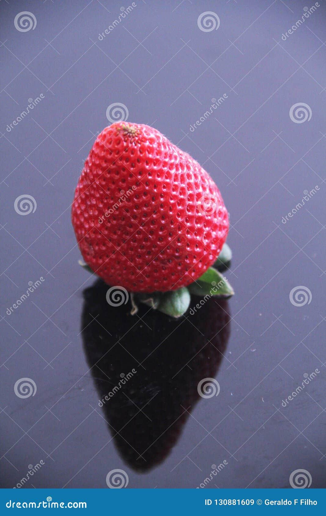 Sao Paulo Brazil för frukt för åkerbrukt vitamin för jordgubbemat läcker healthful