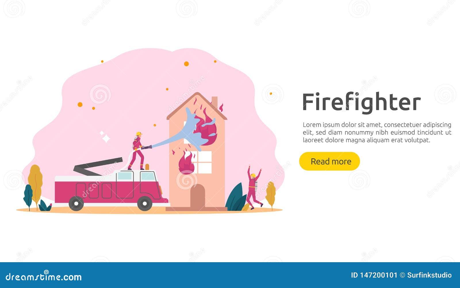 Sapador-bombeiro que usa o pulverizador de ?gua da mangueira para a casa de queimadura da luta contra o inc?ndio bombeiro no unif