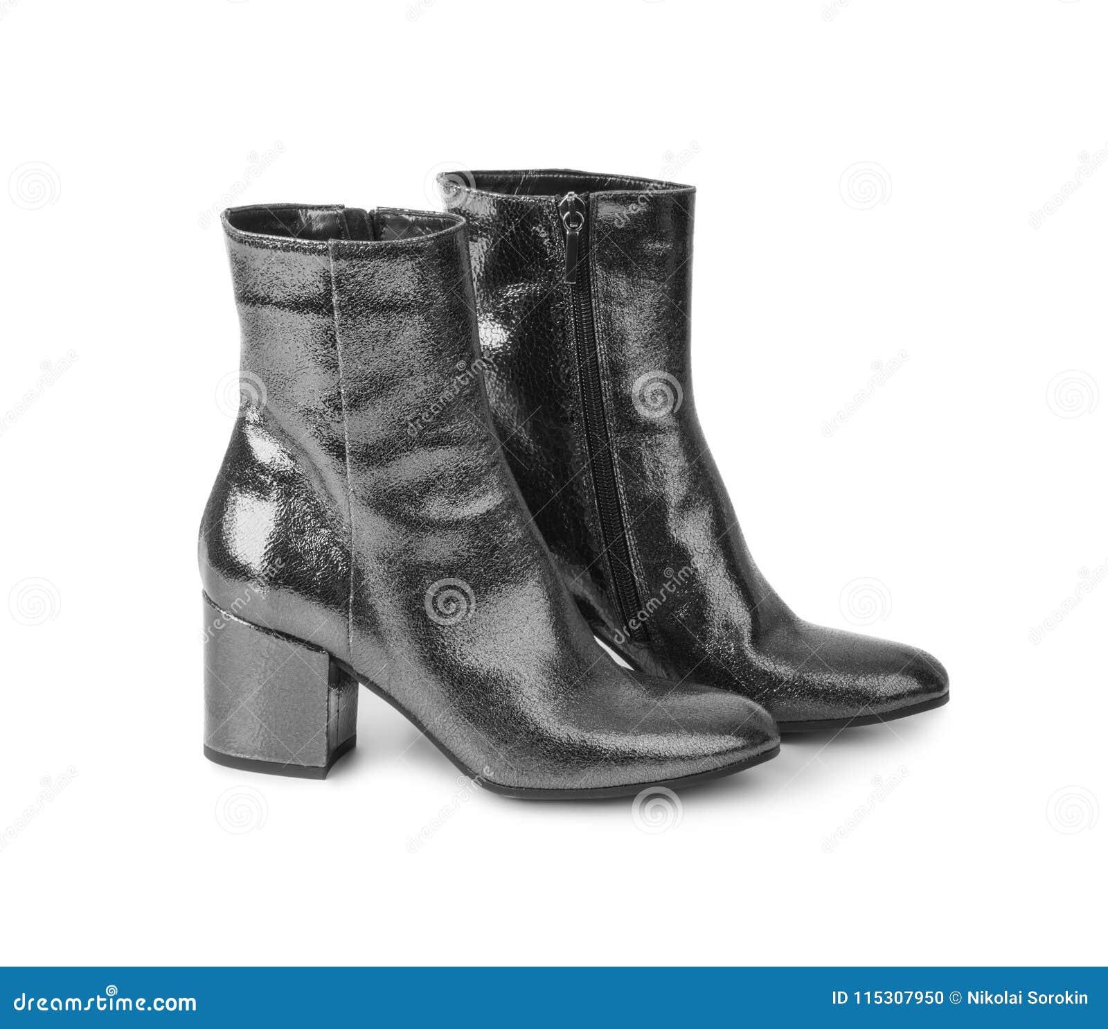 Sapatas da mulher preta