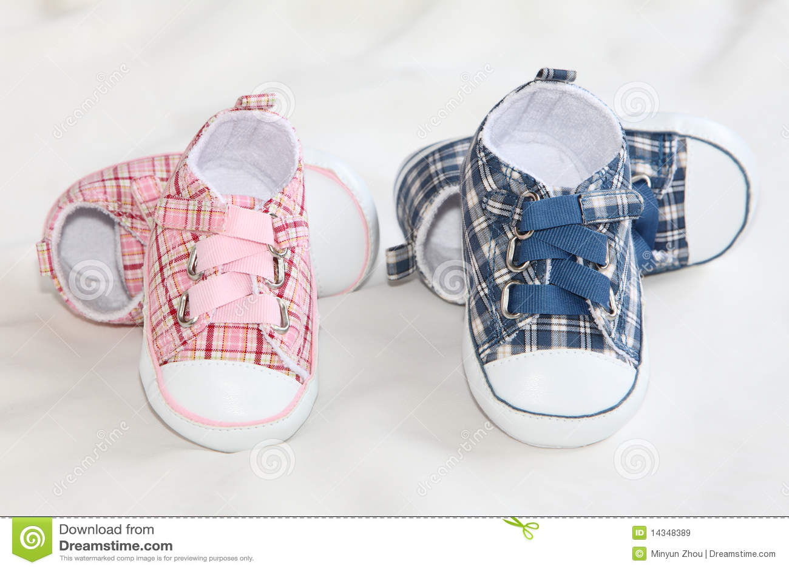 Sapatas de bebê