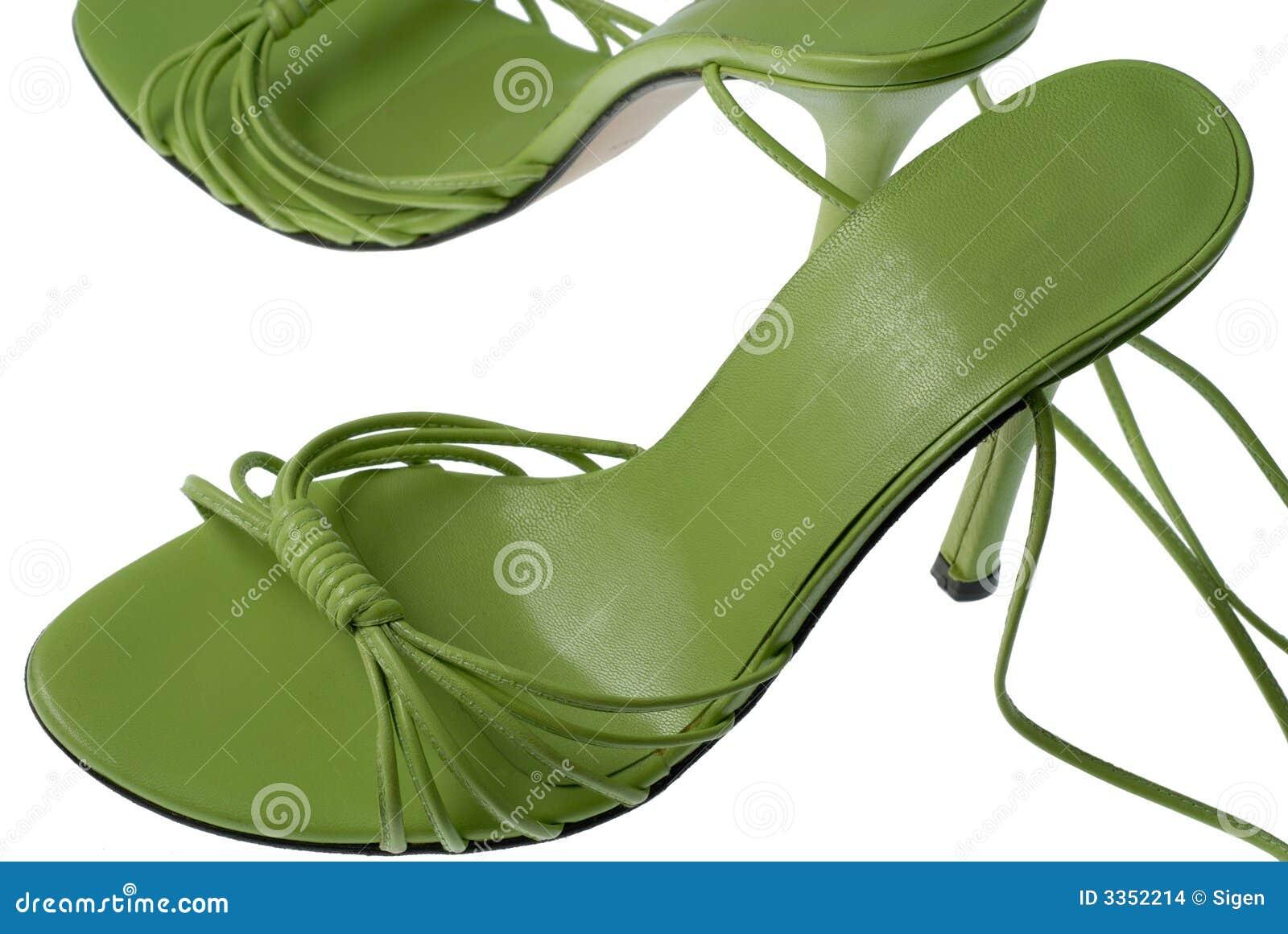 Sapatas verdes frescas
