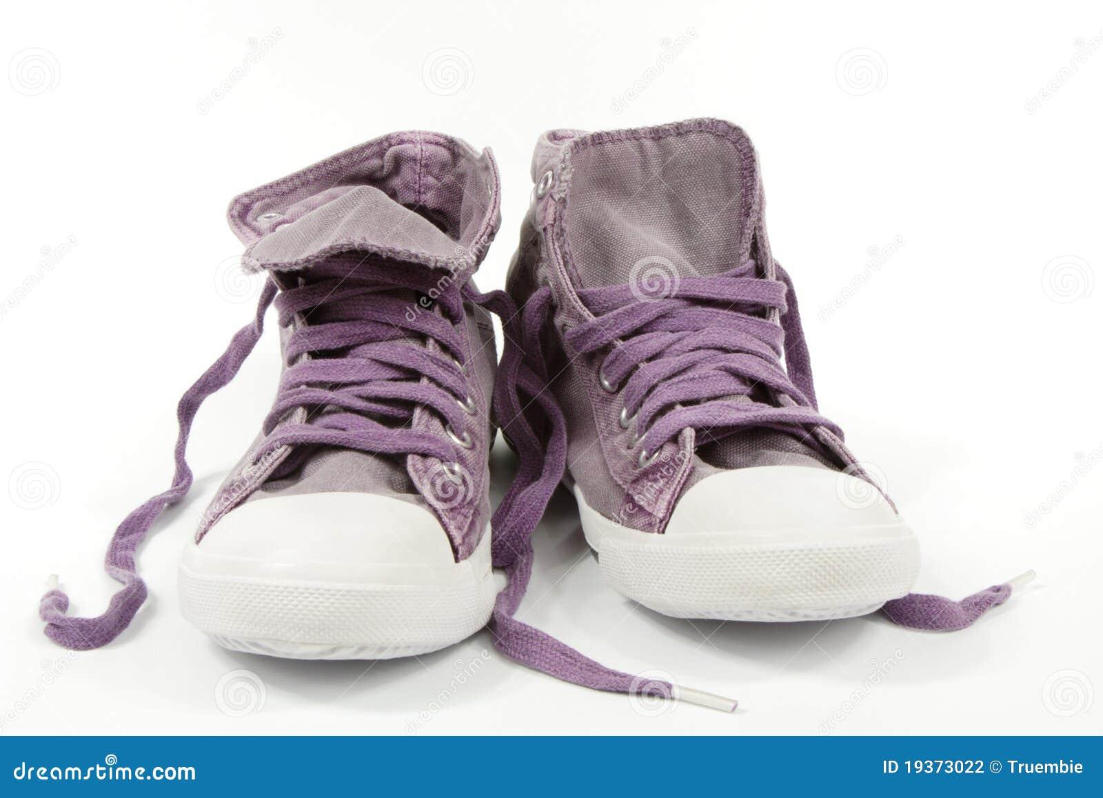Sapatilhas violetas