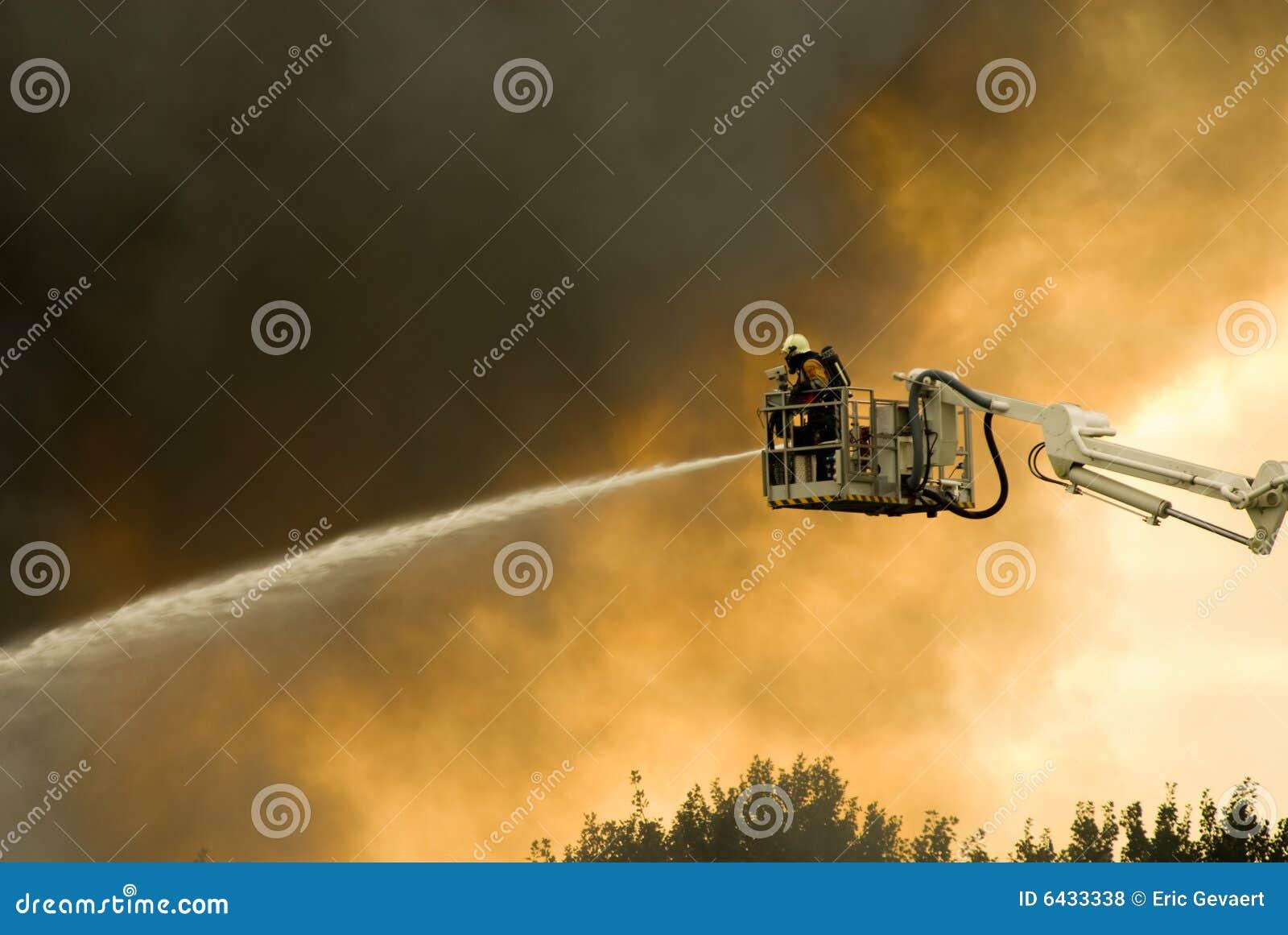 Sapeurs-pompiers dans l action