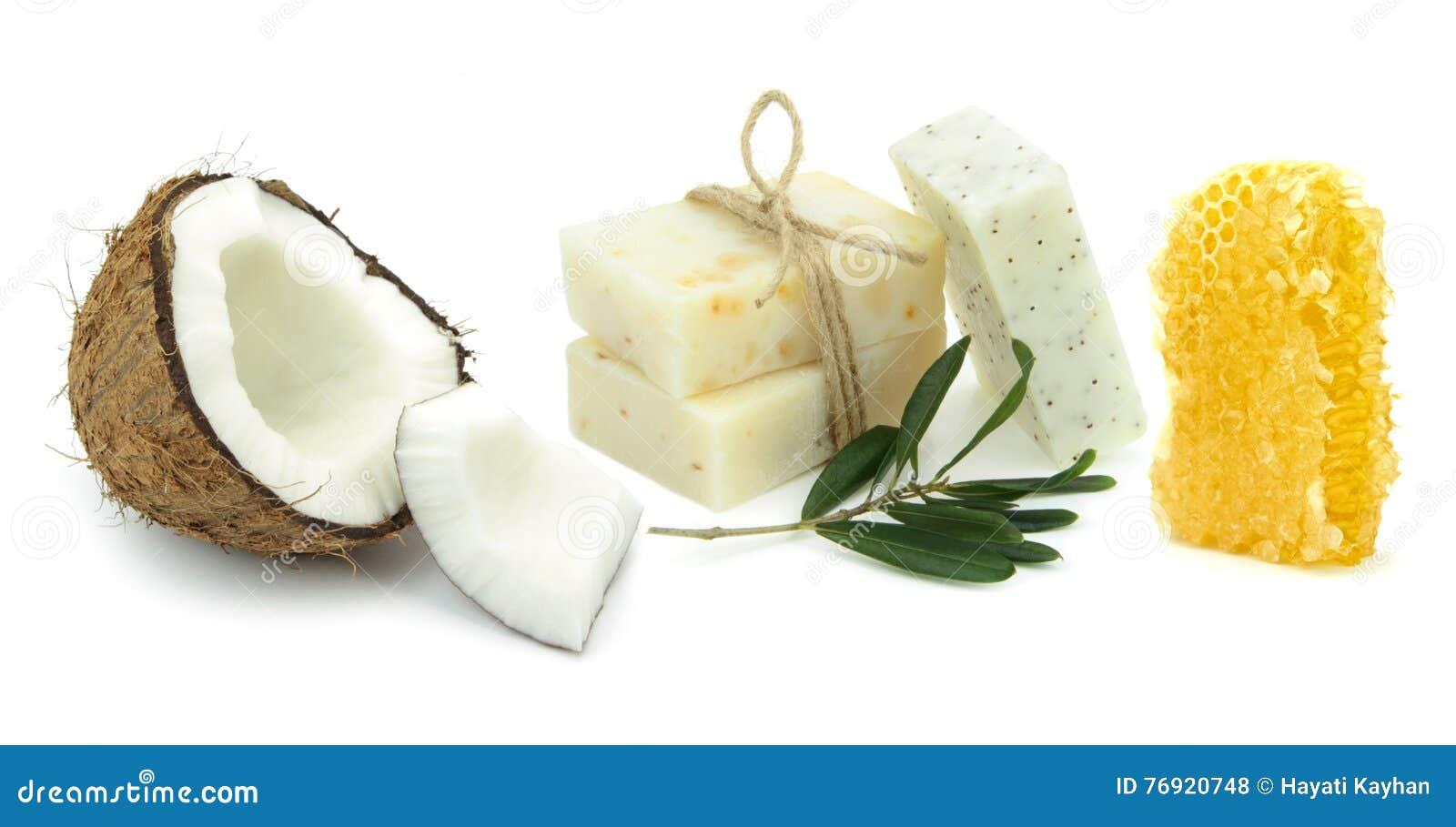 Saponi di erbe naturali con la noce di cocco, l oliva ed il miele