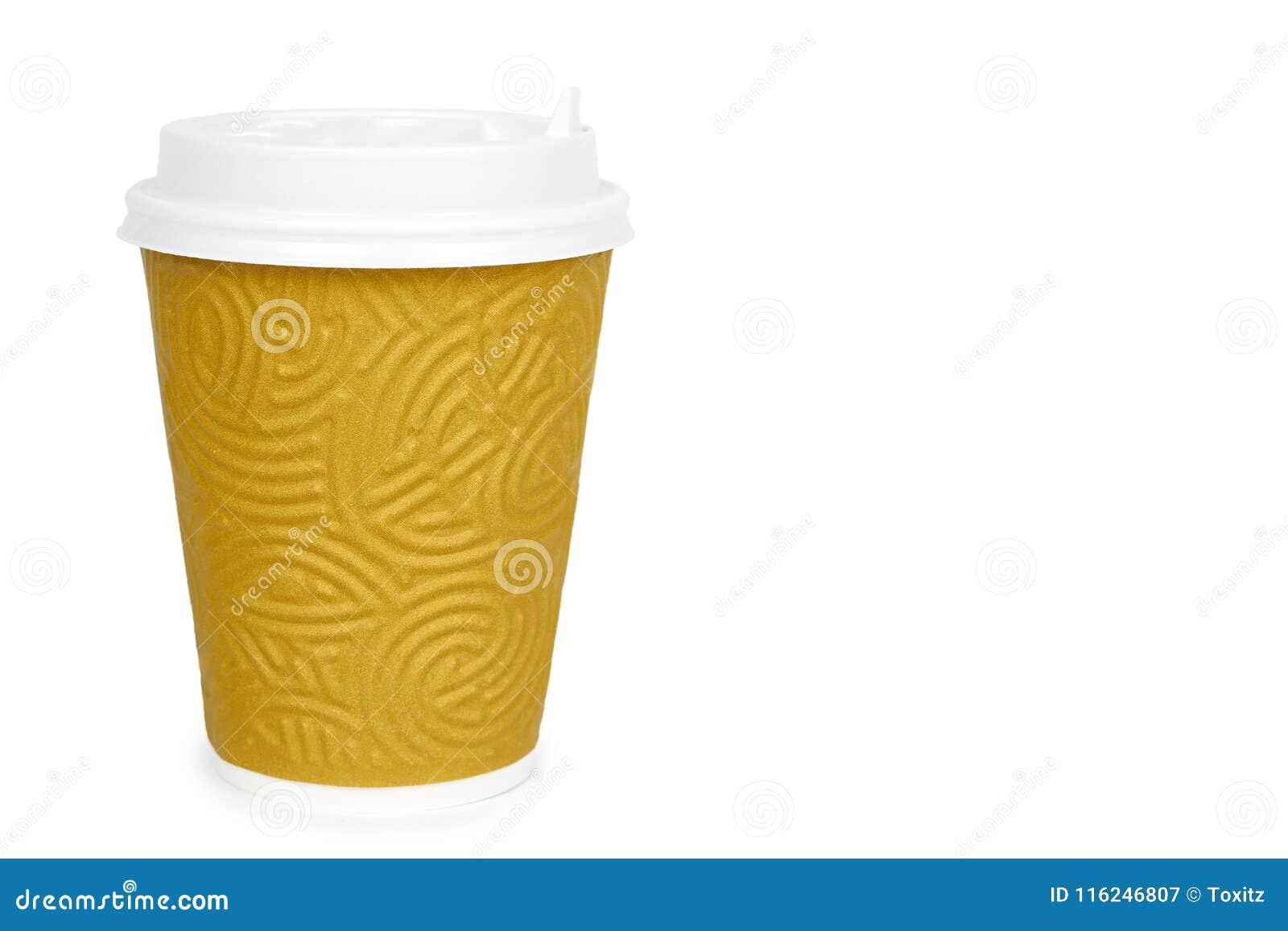 Saque el café en taza terma Aislado en un fondo blanco Envase disponible, bebida caliente copie el espacio, plantilla