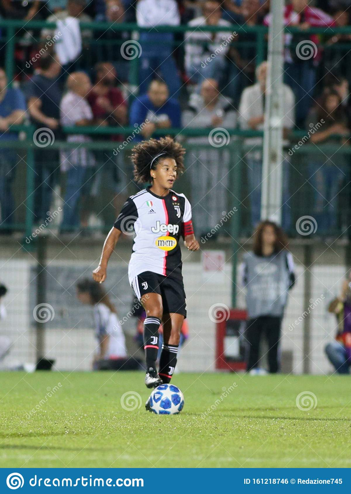 soccer champions league women juventus women vs barcellona editorial photo image of sara italy 161218746 dreamstime com