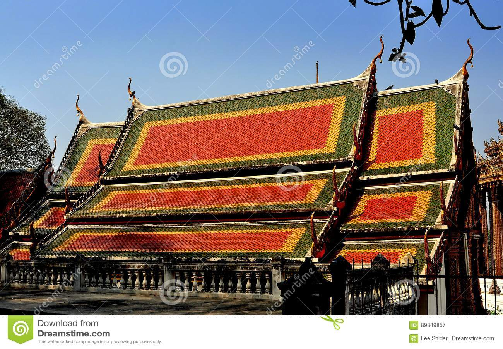 Saraburi,泰国:Wat的Phra Phutthabat Vihan霍尔