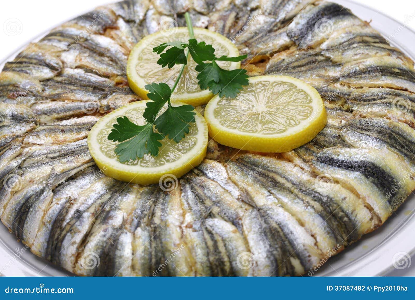 Download Sardelowy Pilaf (hamsi Pilav) Zdjęcie Stock - Obraz złożonej z żywienioniowy, pomidor: 37087482