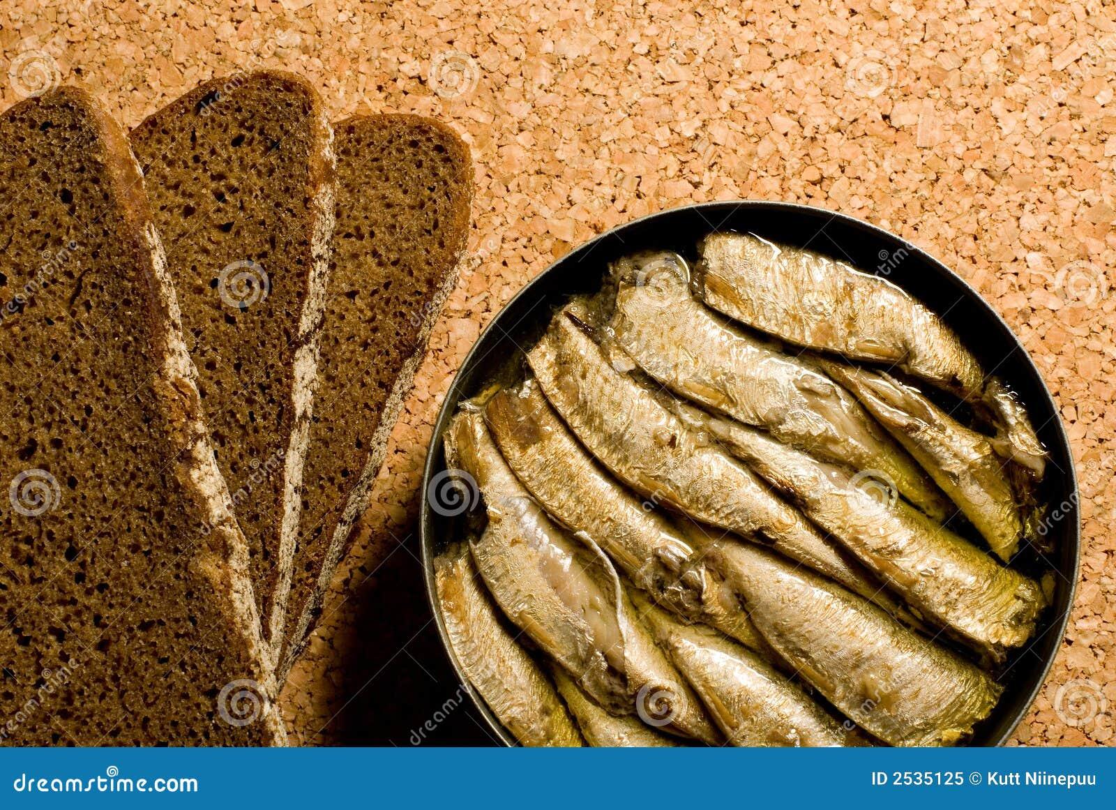 Sardines et pain
