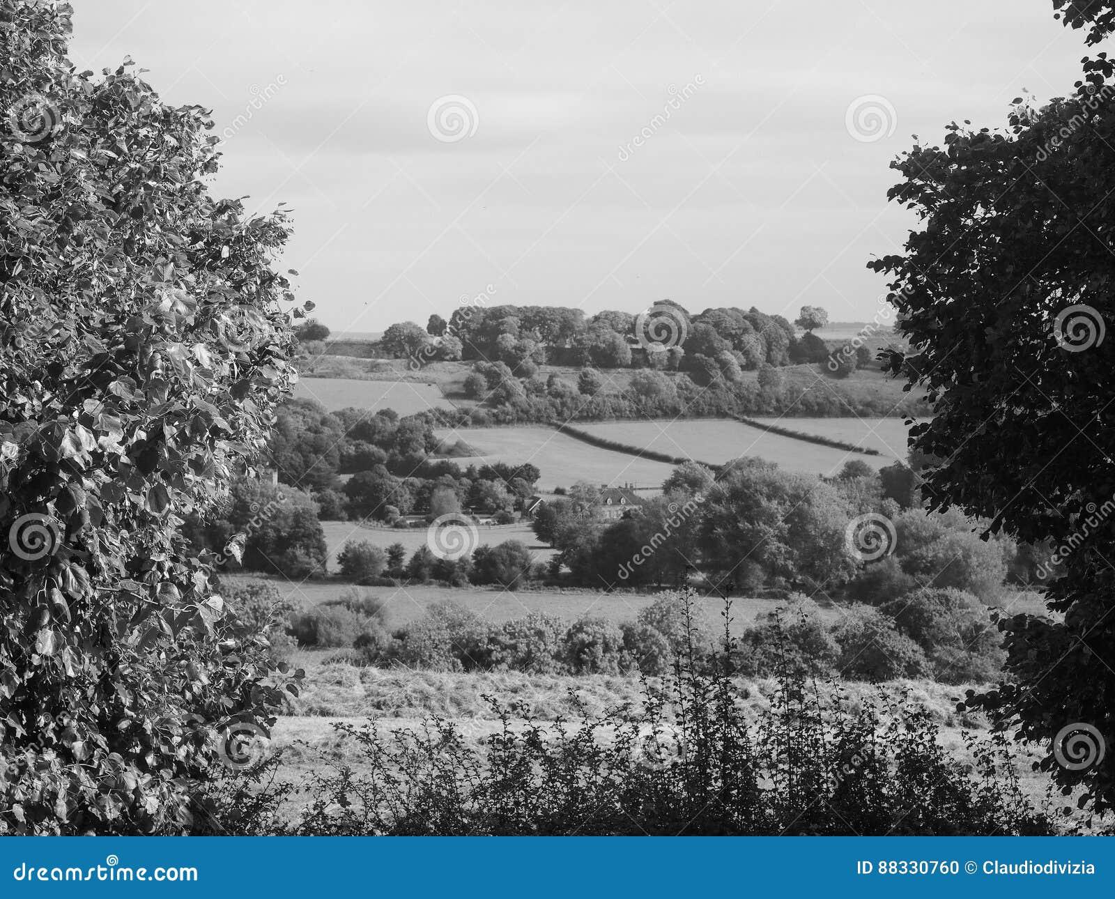 Sarum velho em Salisbúria em preto e branco