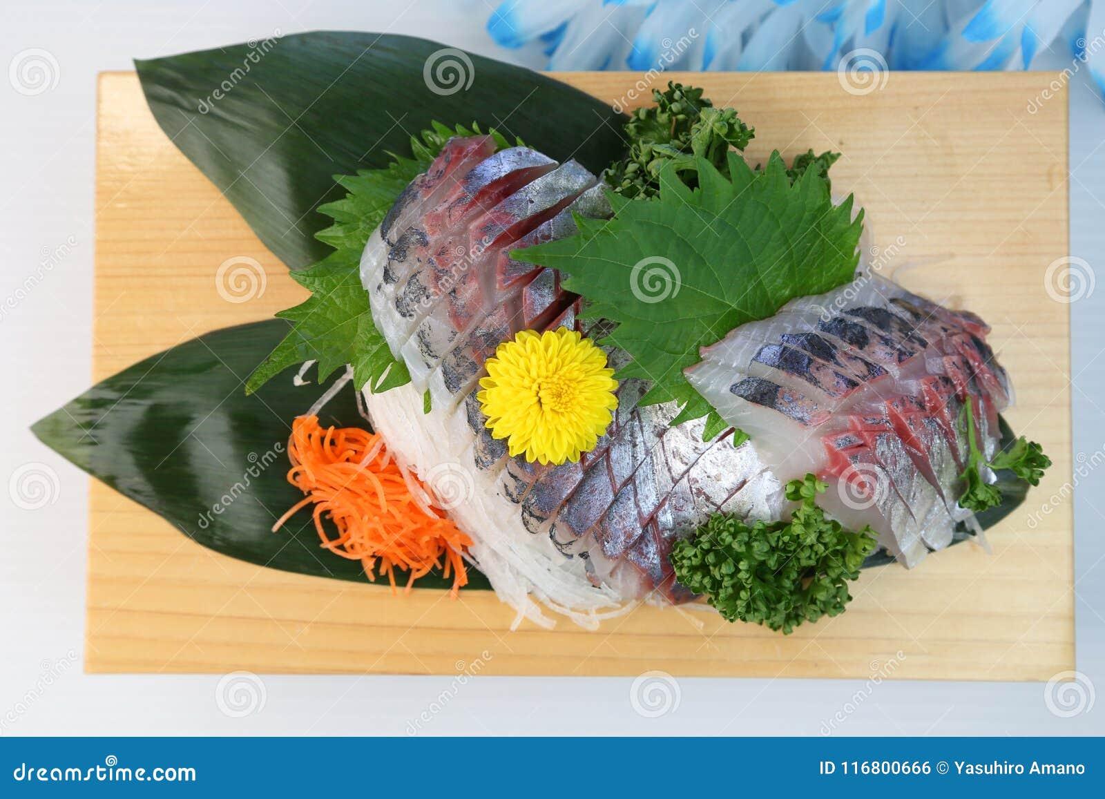 Sashimi degli sgombri