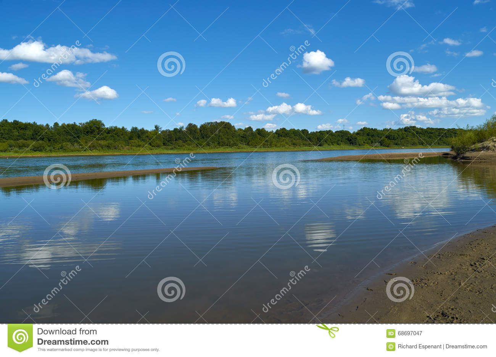 Saskatchewan-Fluss im Sommer