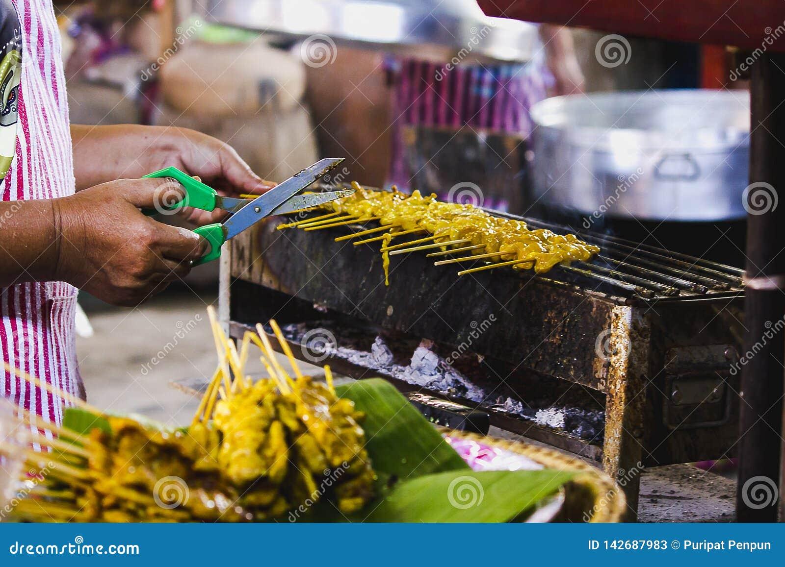 Satay griskött grillade på ugnen
