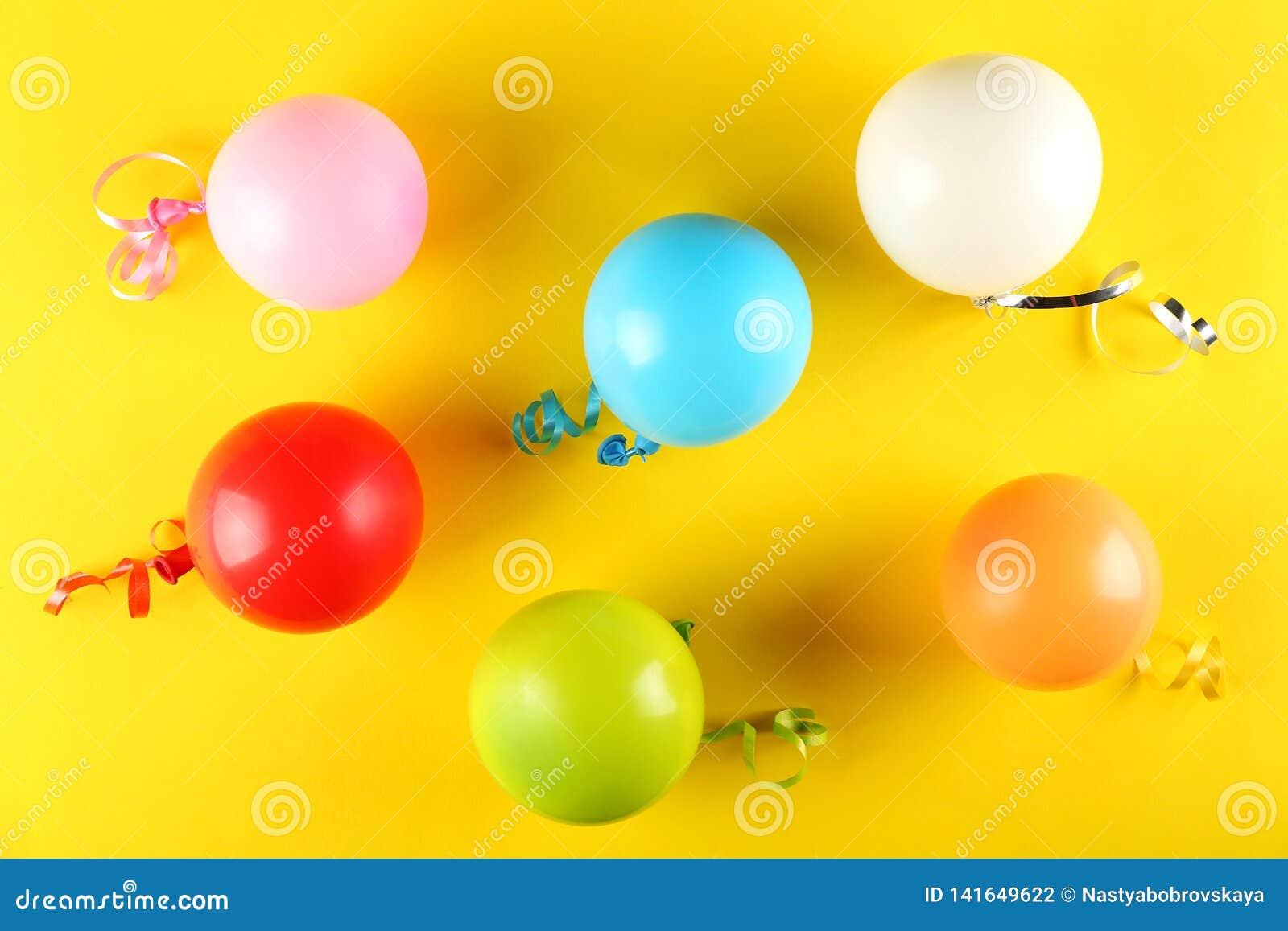 Sats för födelsedagparti med kopieringsutrymme