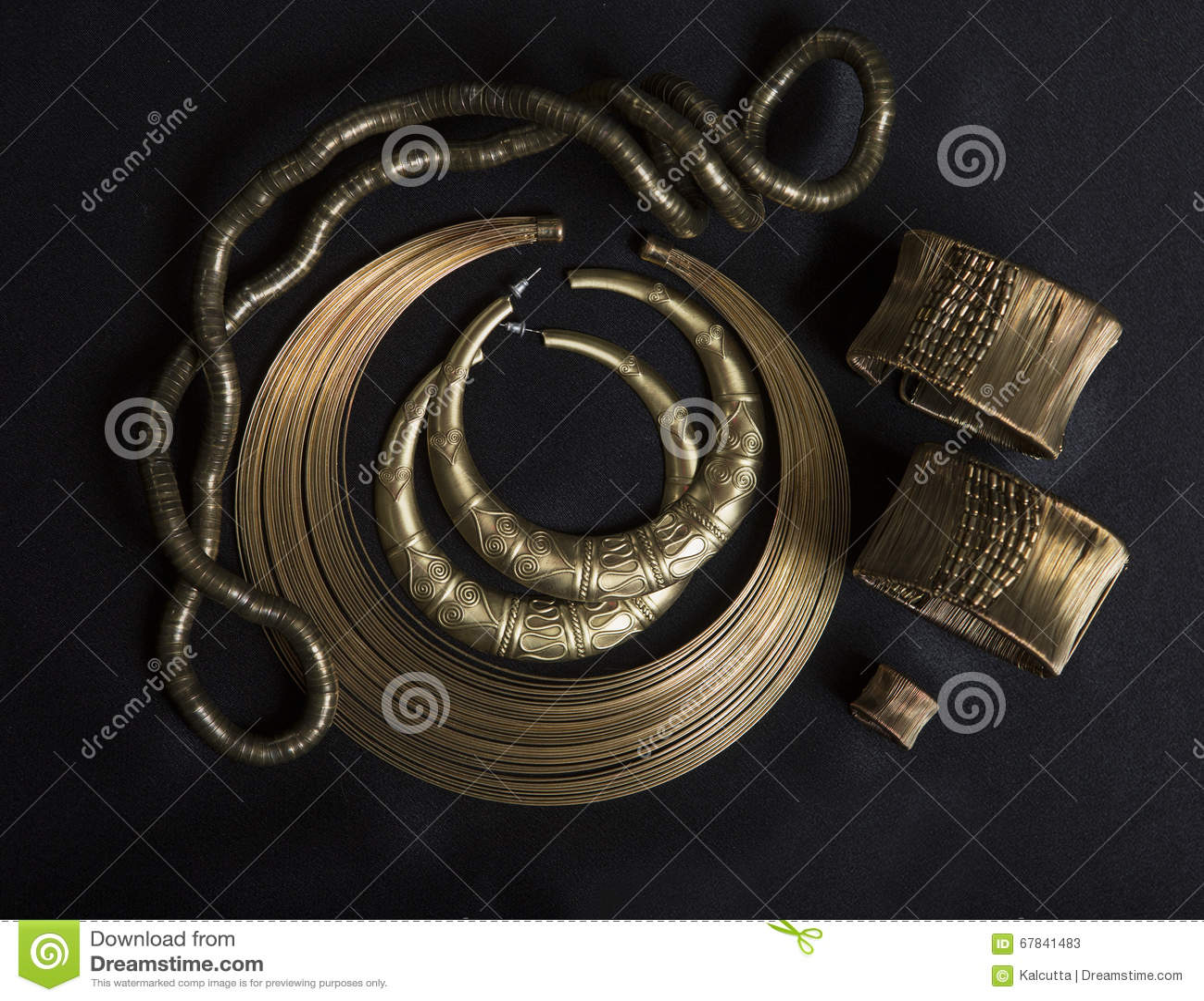 Satz schöner orientalischer Goldschmuck (Inder, Araber, Afrikaner, E