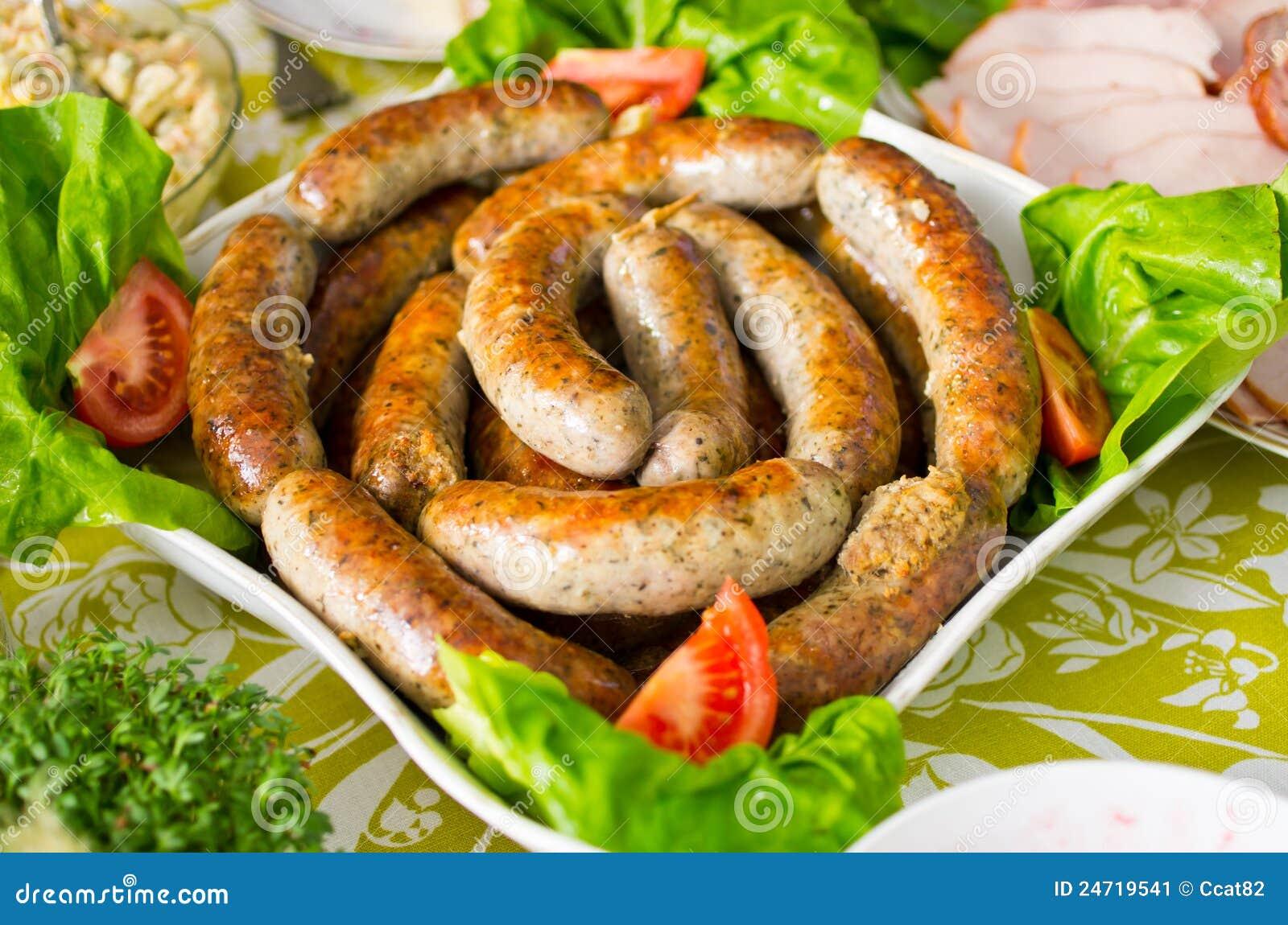 Saucisse polonaise cuite au four traditionnelle image - Cuisine tunisienne traditionnelle four ...