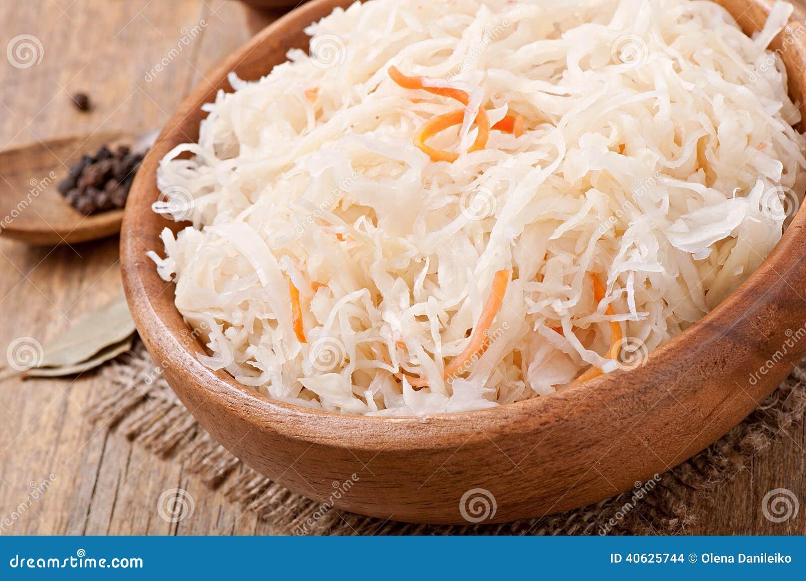 Рецепт квашения капусты с морковью 12 фотография