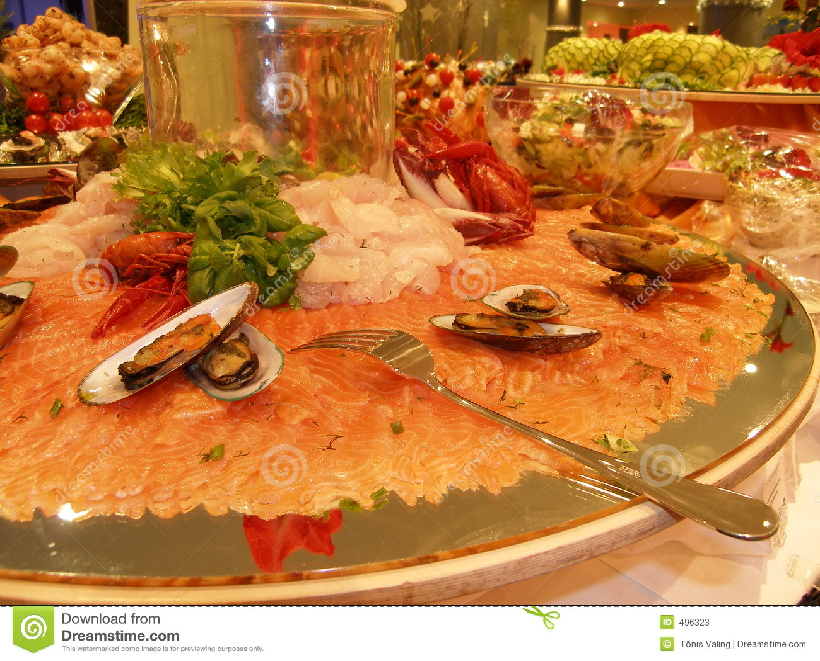 Saumons découpés en tranches