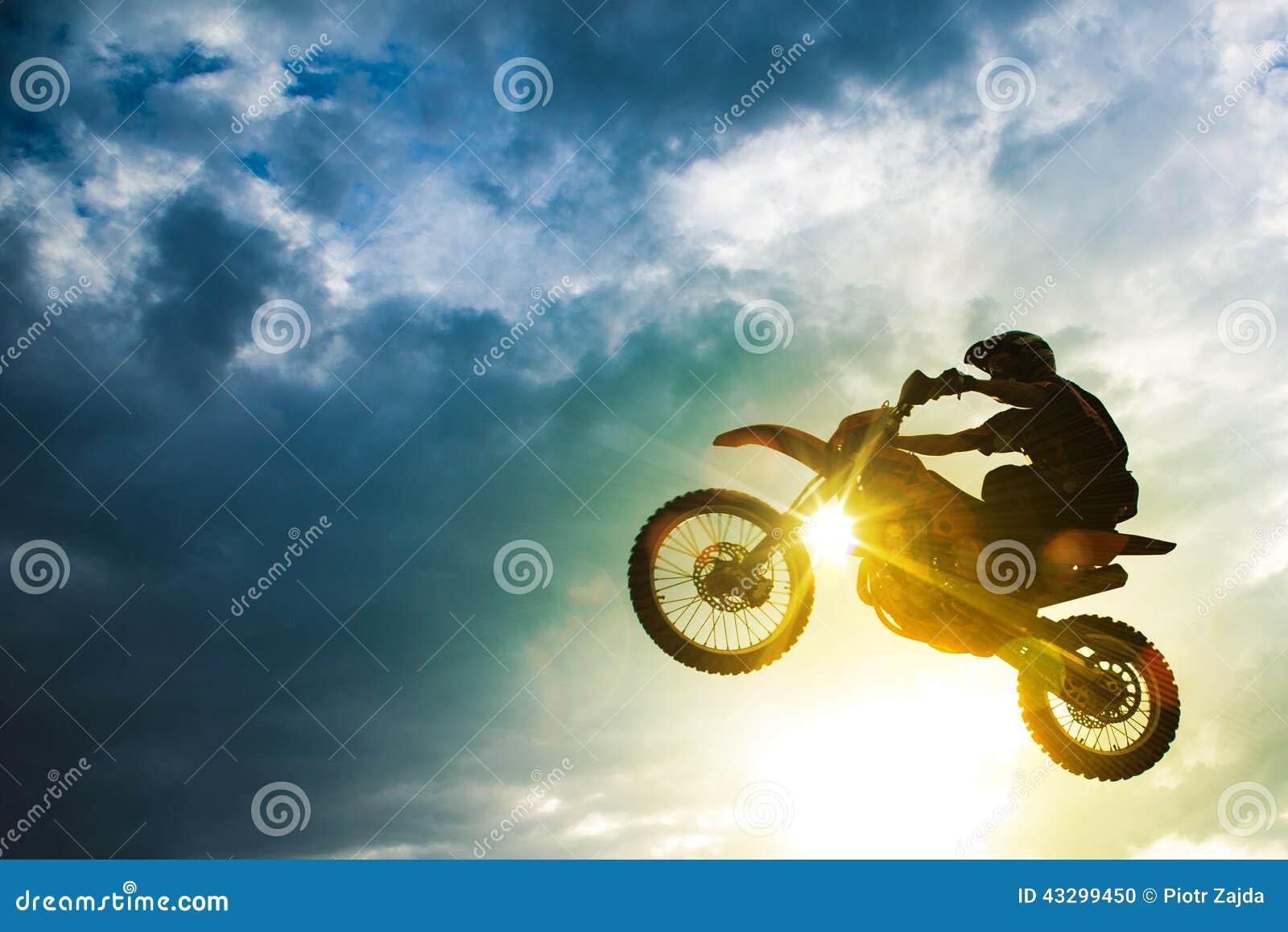 Saut de vélo de motocross