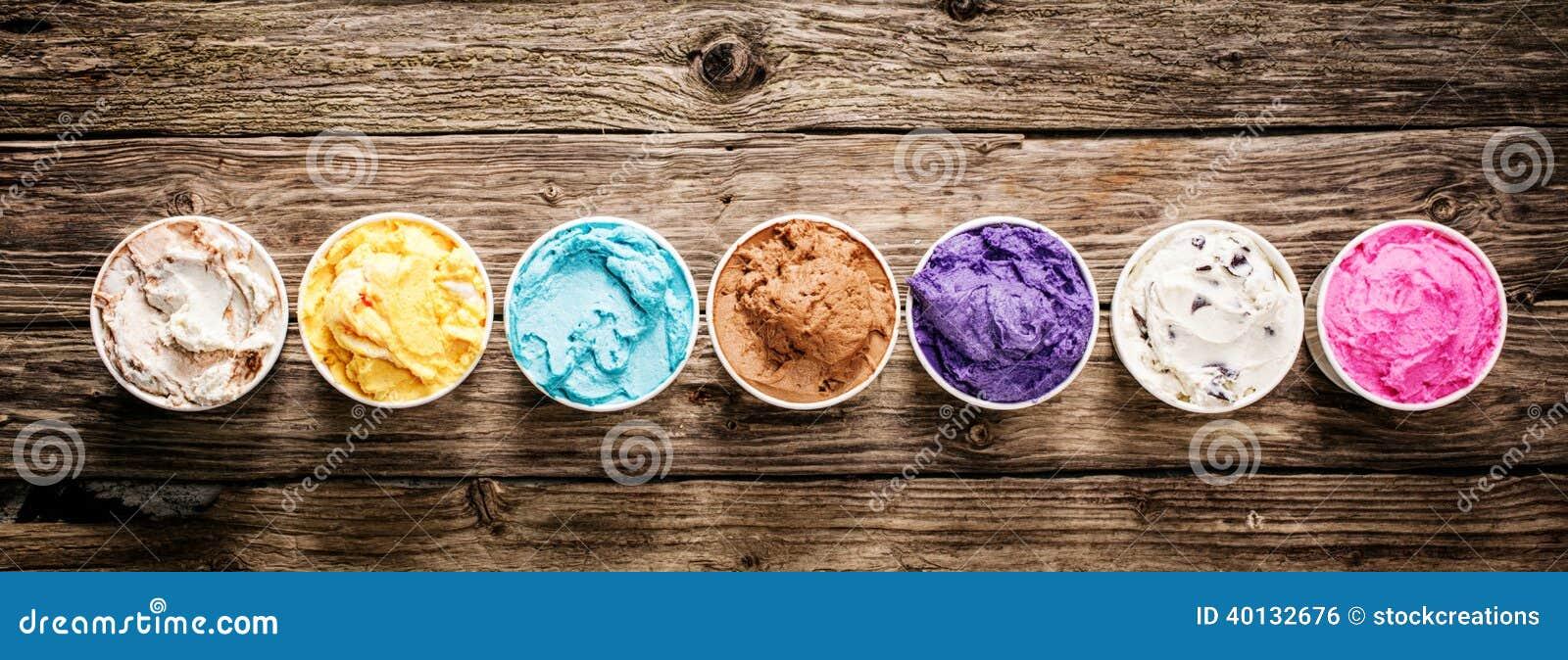 Saveurs assorties de crème glacée italienne gastronome