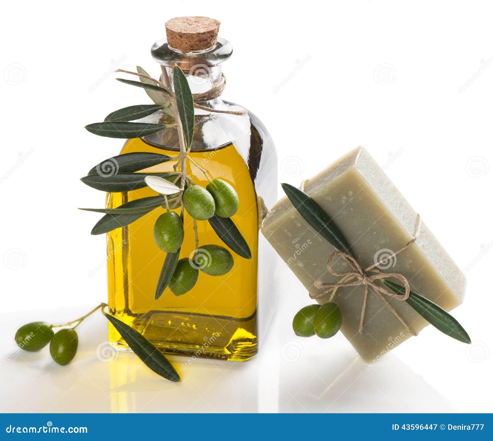 Savon naturel avec l 39 huile d 39 olive photo stock image - Anti puceron naturel huile d olive ...