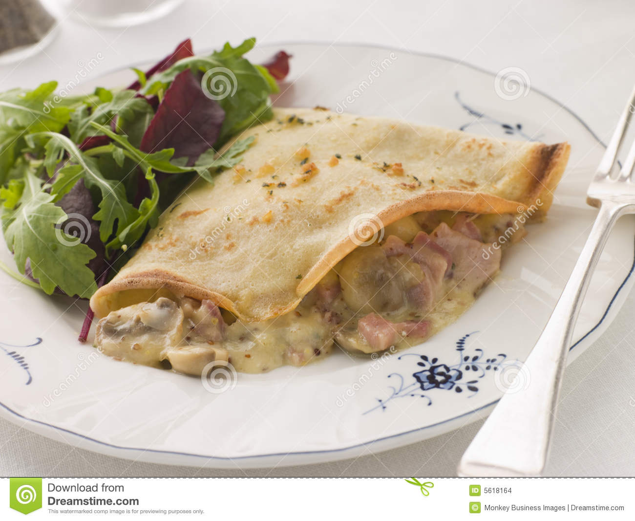 ... Pancake filled with Ham Cheese and Mushrooms with dressed salad