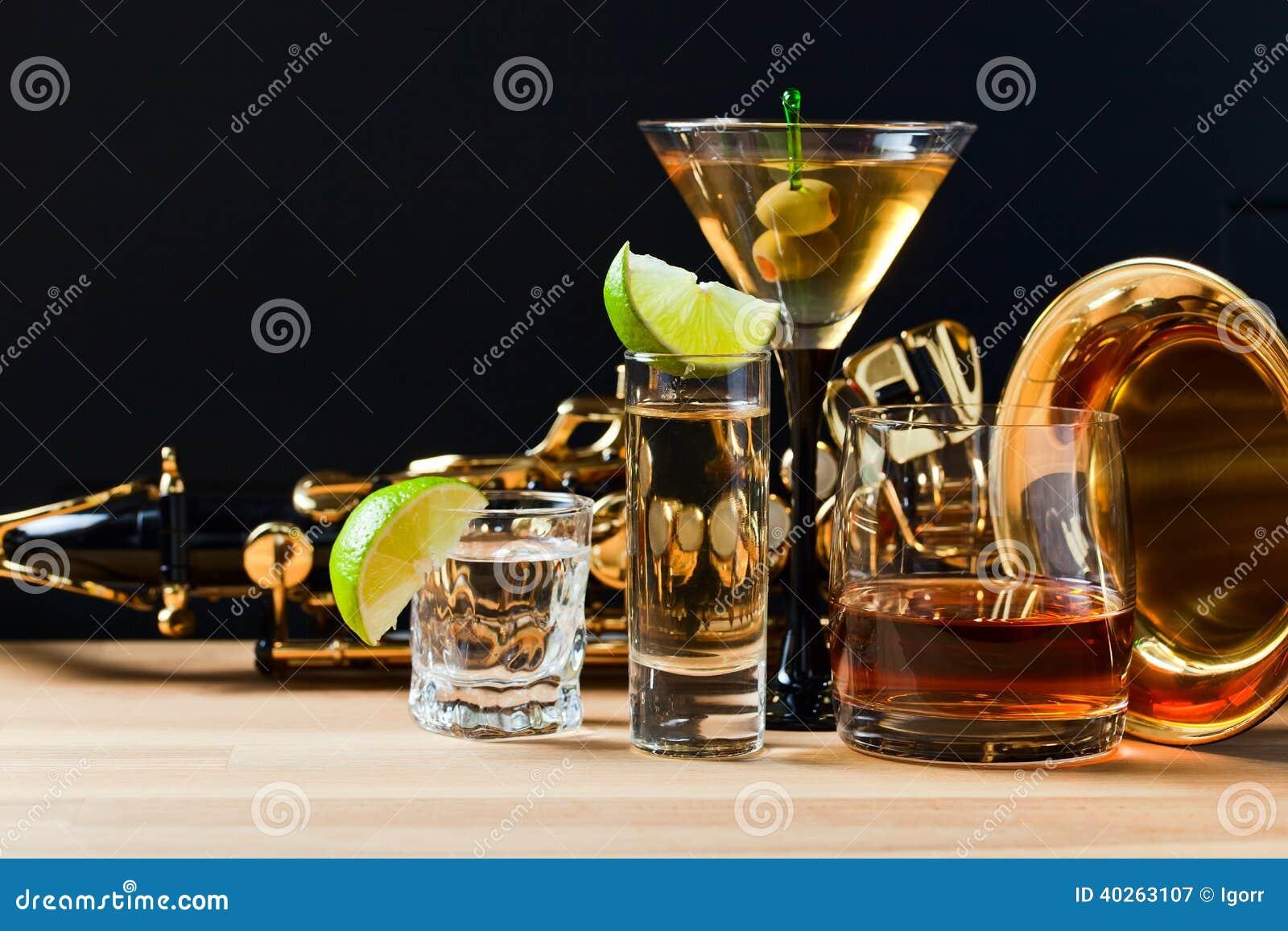 Saxophone και οινοπνευματώδη ποτά