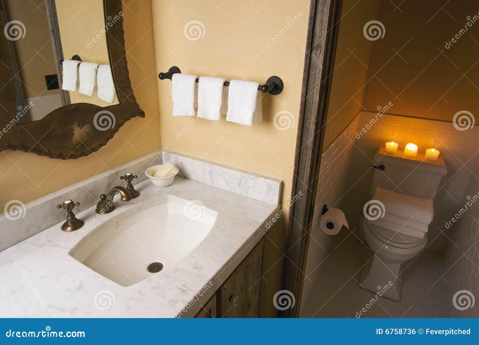 Scène rustique de salle de bains