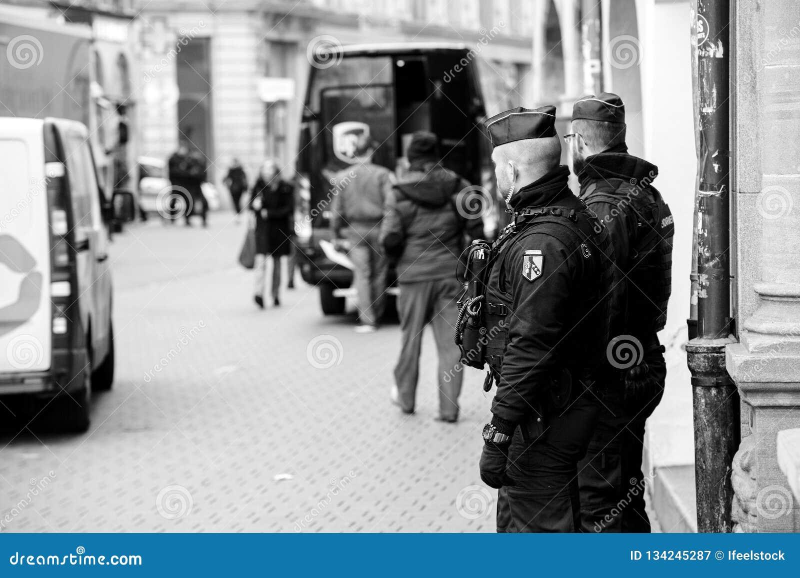 Scène surveilling d attaque terroriste de police après attaque Strasbour