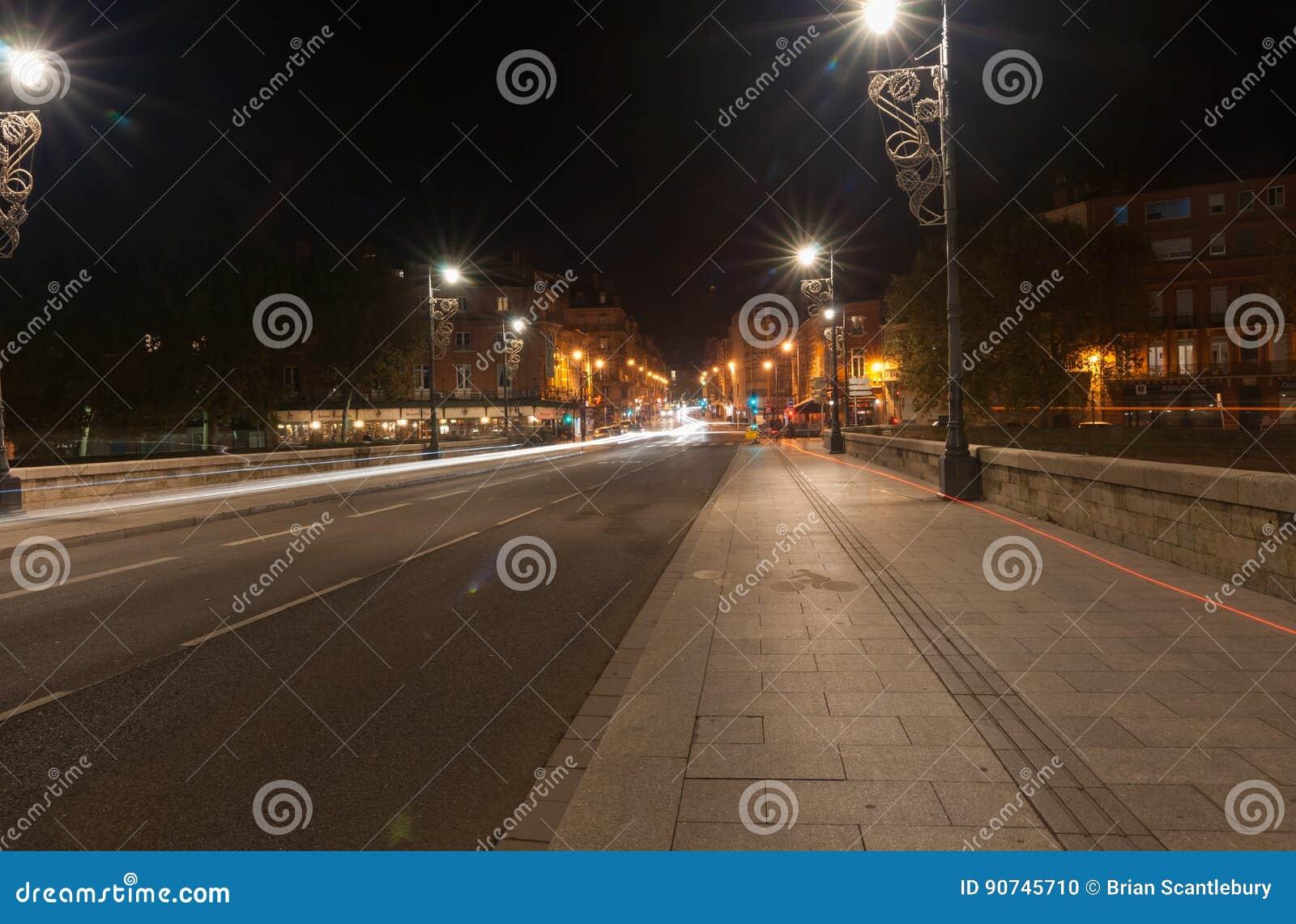 Scènes de nuit d archtitecture, de ponts et de rues de Toulouse