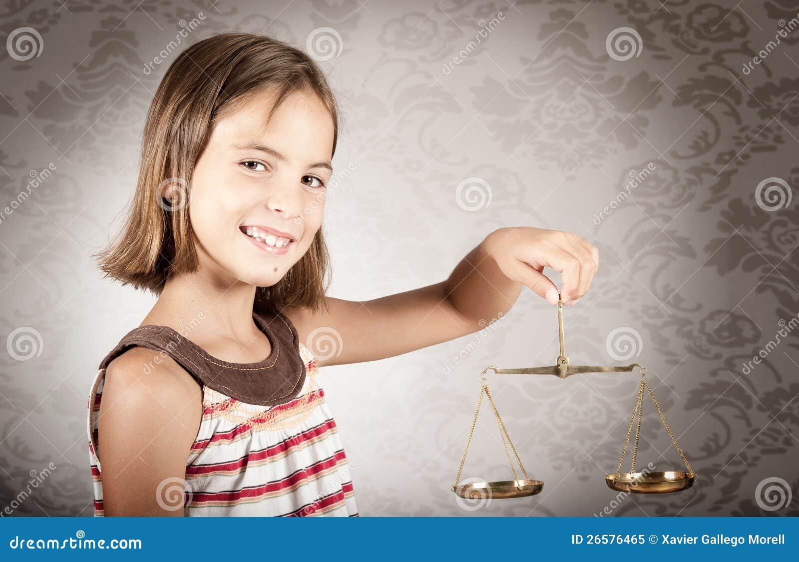 Scale för flickaholdingrättvisa
