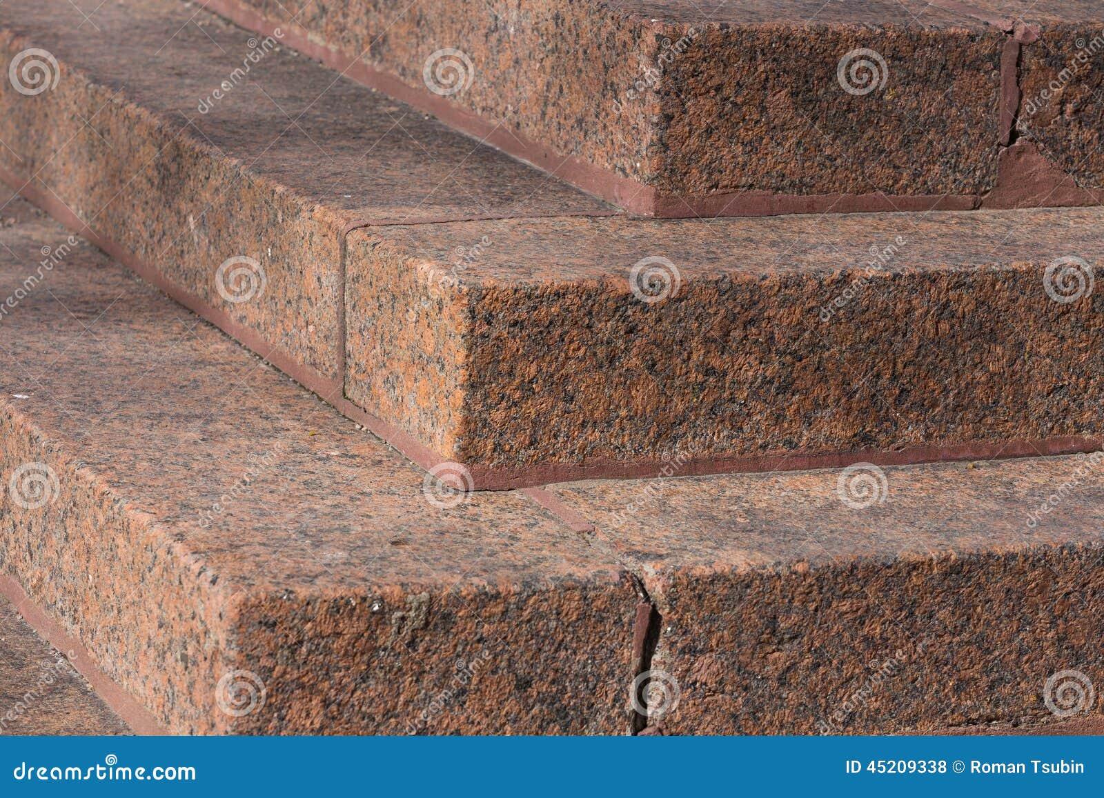 Scale fatte di granito rosso fotografia stock immagine di frammento gi 45209338 - Granito per scale ...