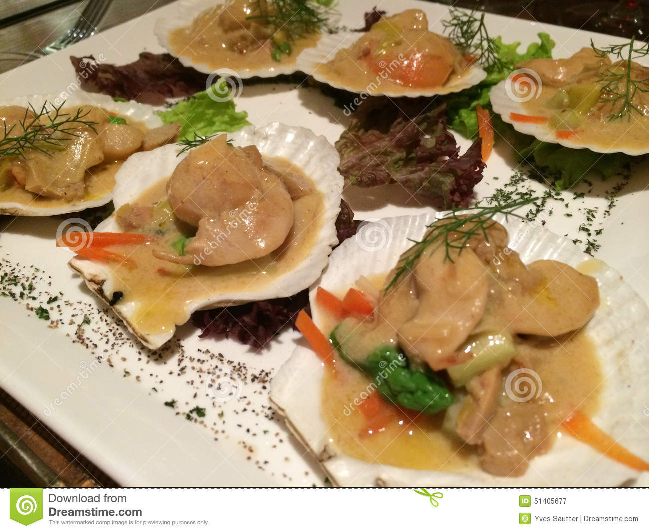Scallops in foie gras sauce french cuisine in shanghai for All about french cuisine