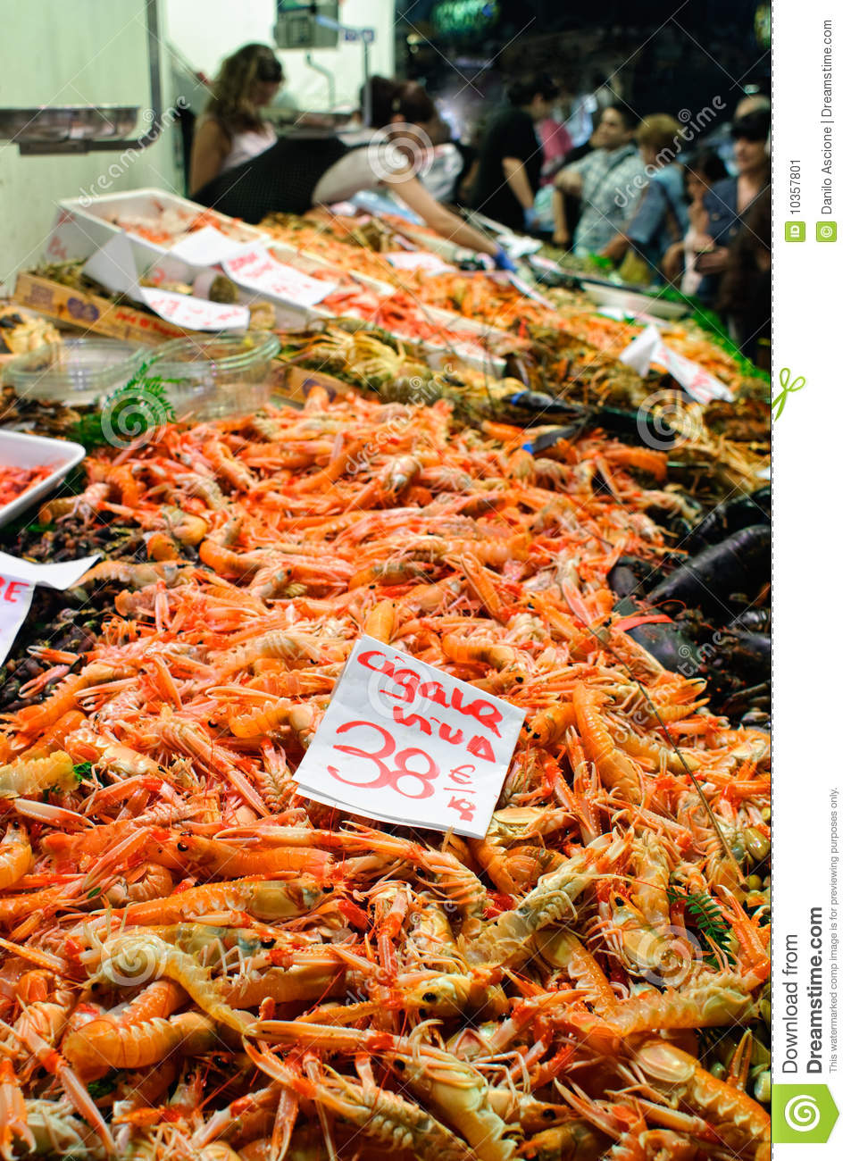 Scampi at fish market stock image image 10357801 for Local fish market