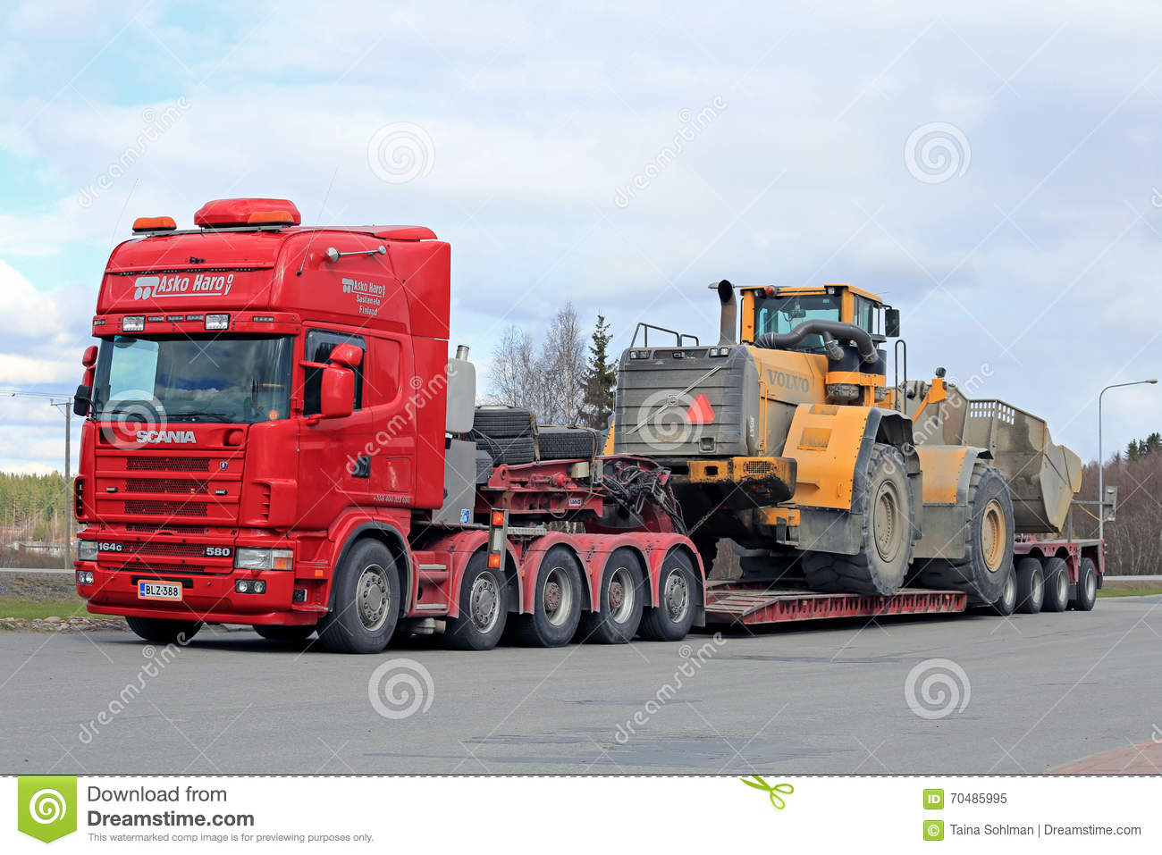 Scania 164G Semi Truck Heavy Wheel Loader Transport Editorial Image - Image of long, business ...