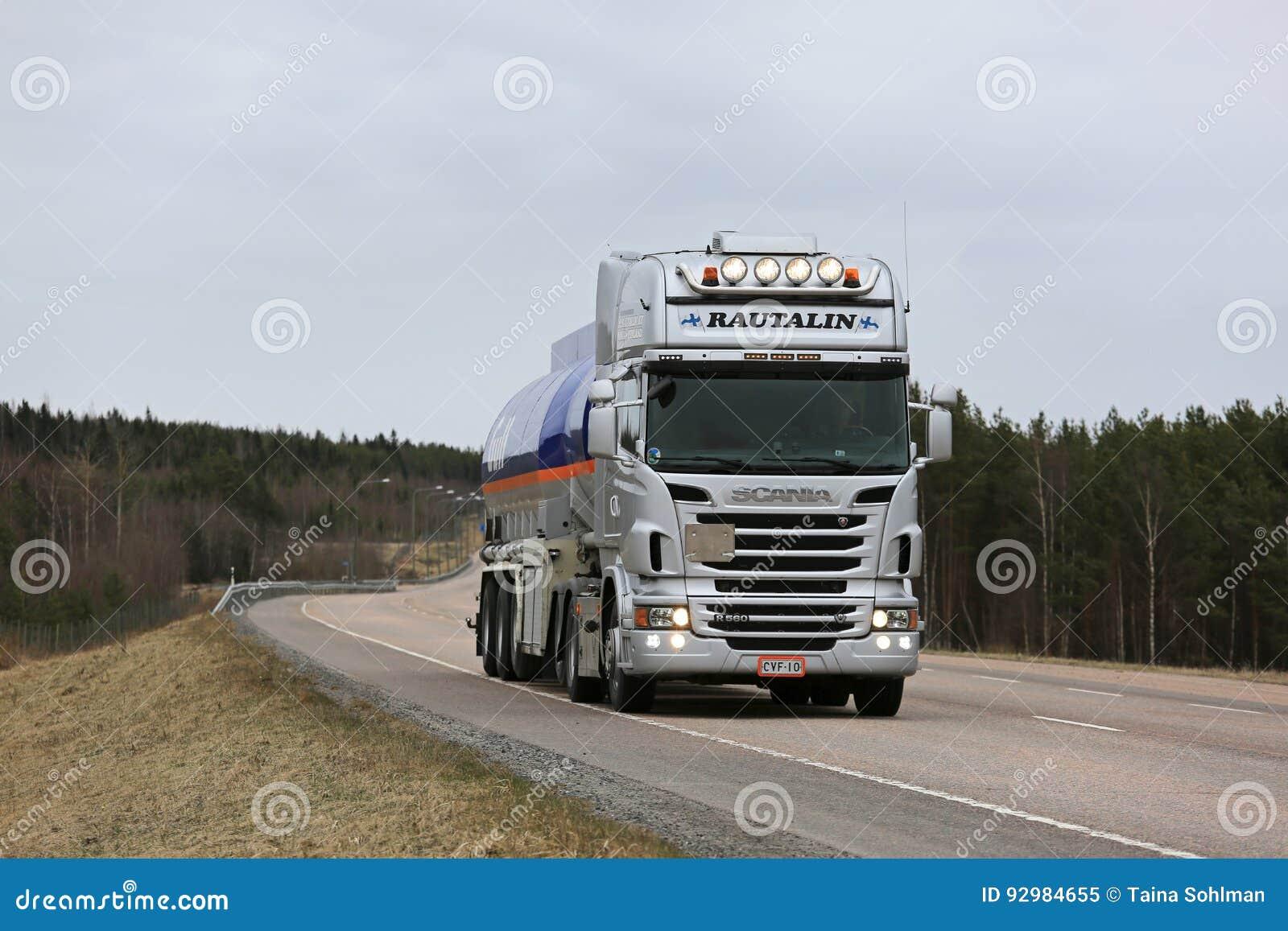 Semi Truck Oil : Scania r gulf oil fuel semi tank truck trucking